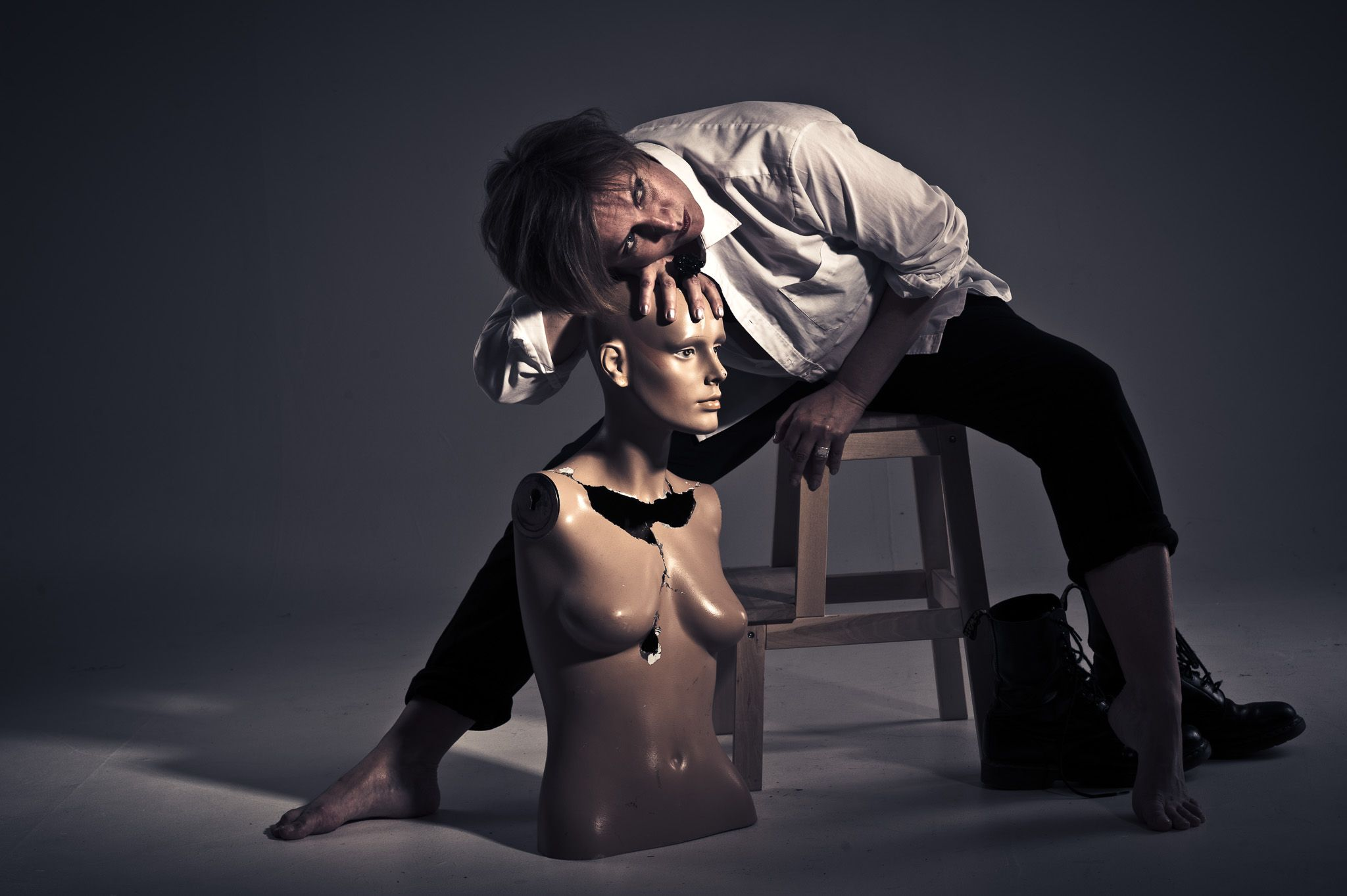 Woman in studio by Fredrik Strandin