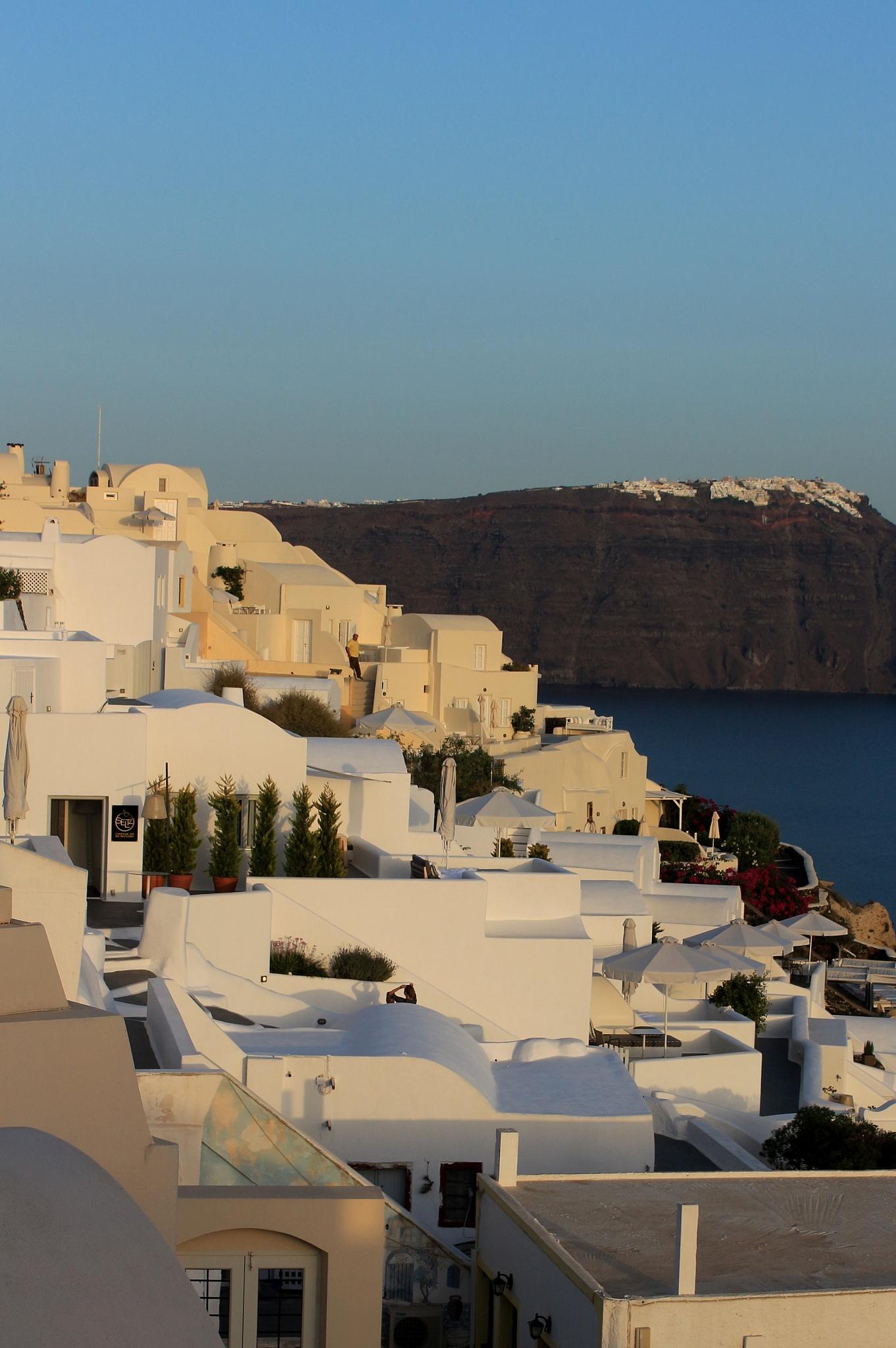Oia, Santorini by katze