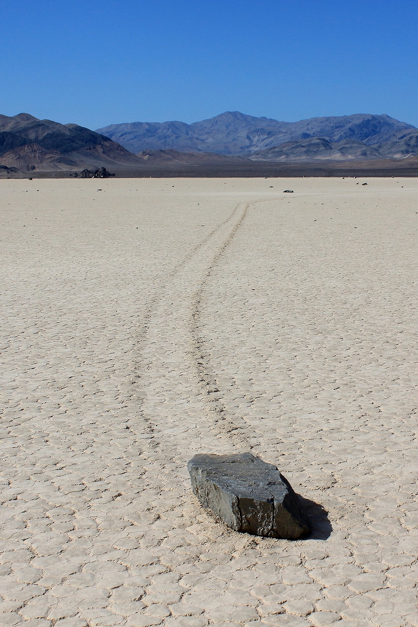 rock Racetrack, Death Valley National Park by katze