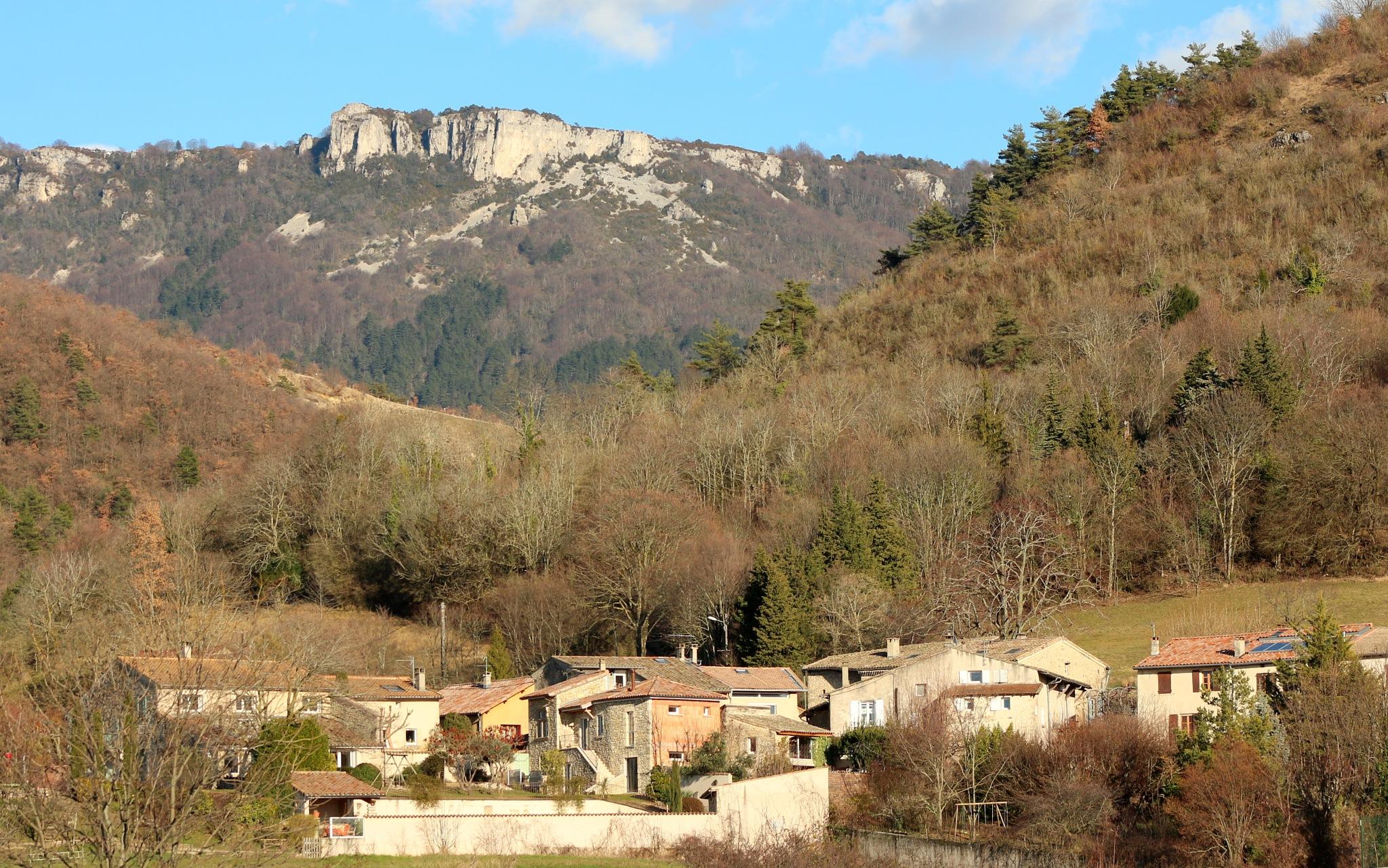 Châteaudouble, Drôme by katze