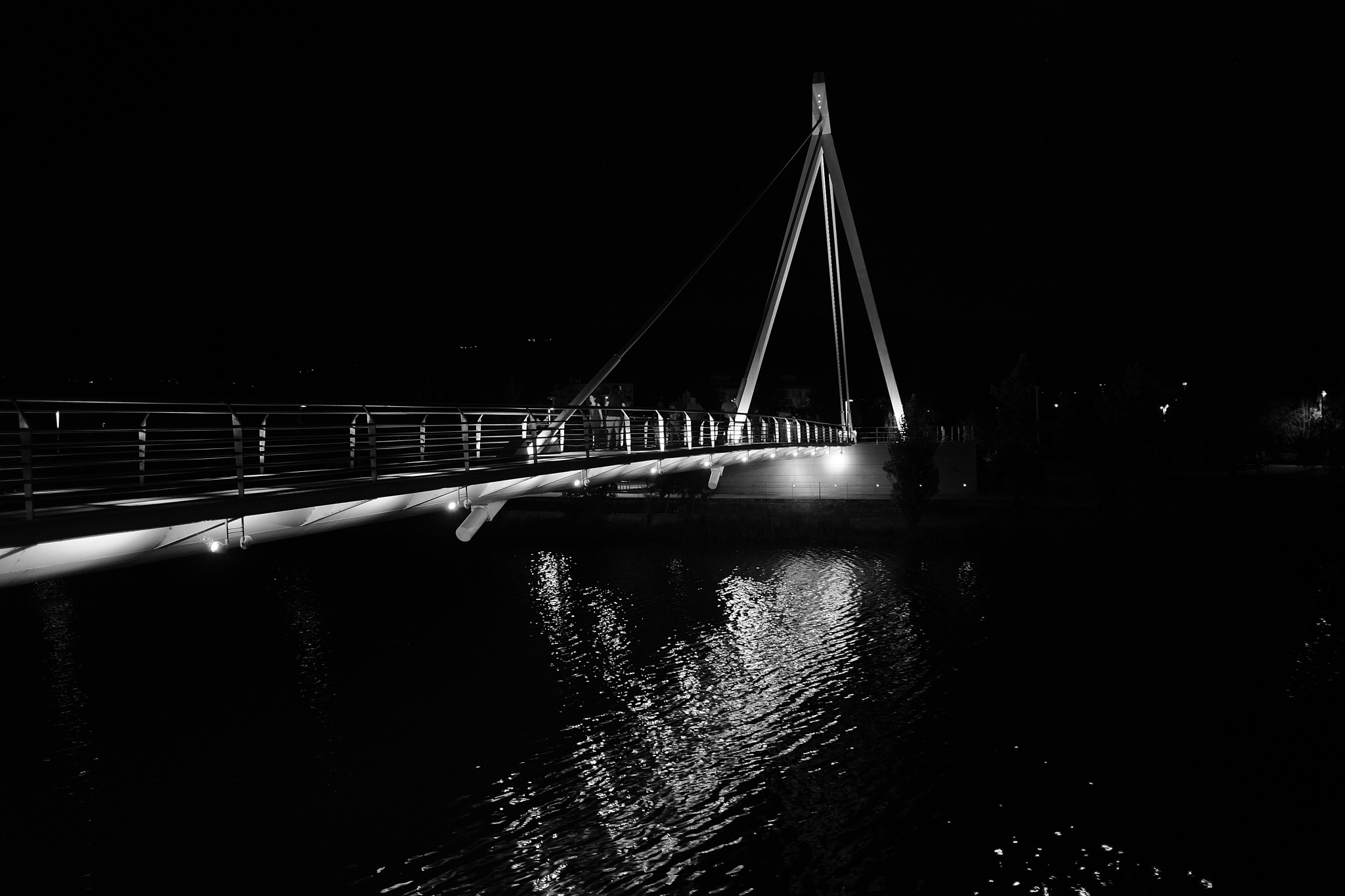 Night bridge by fernando.viegas
