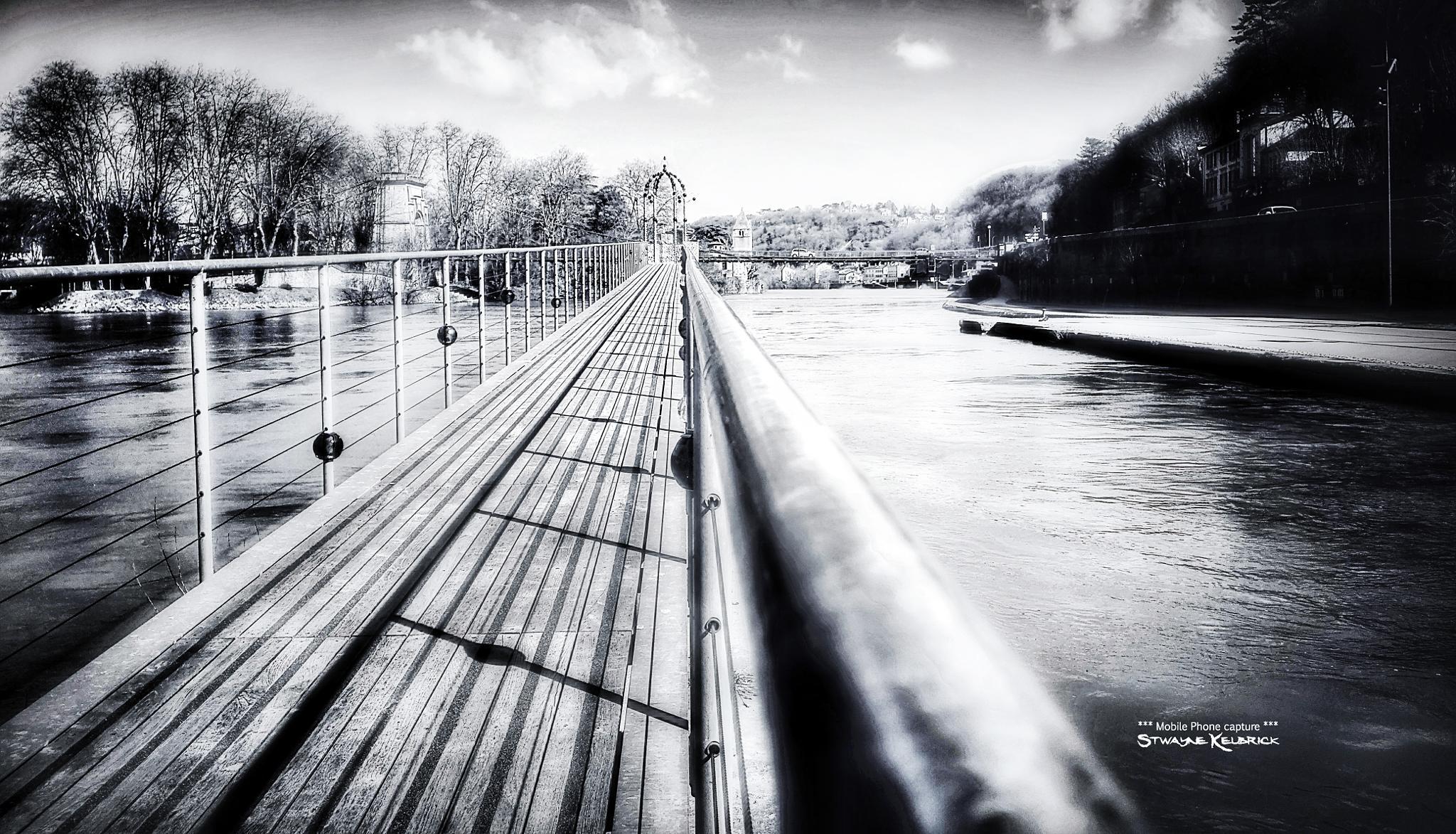 The endless bridge by Stwayne Keubrick