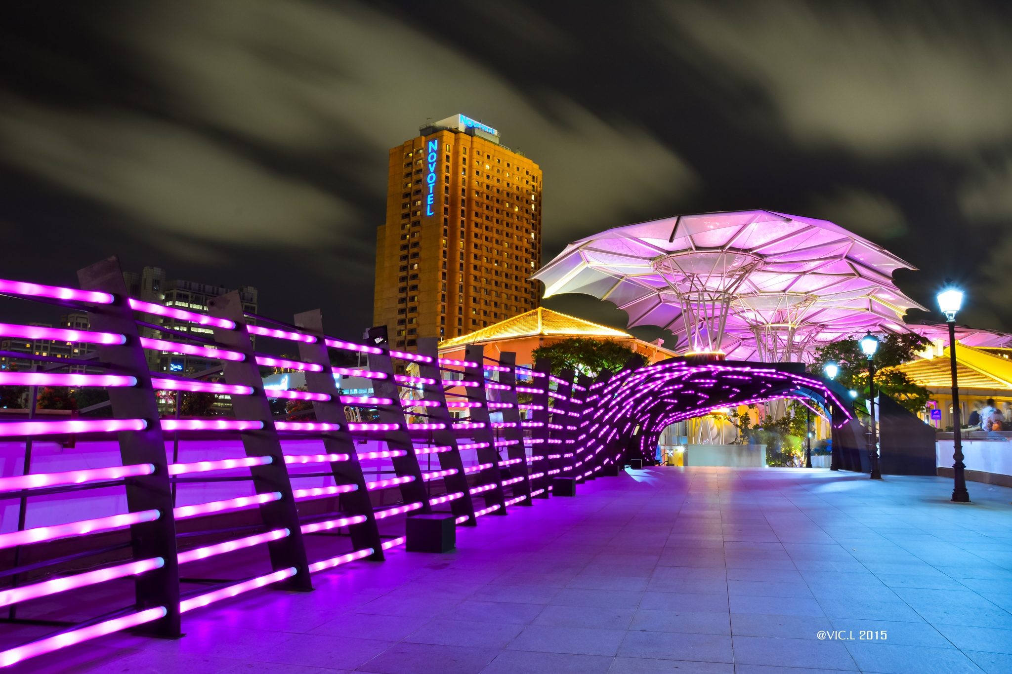 The Heartbeat Of Clarke Quay (1) by VIC.L