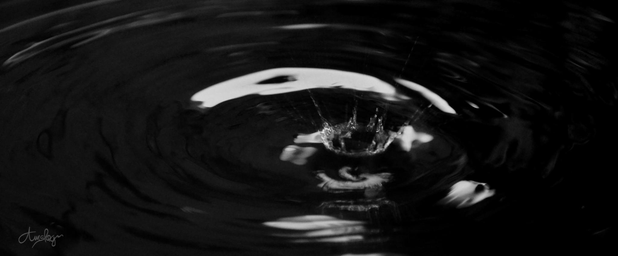 Splash by Genedad