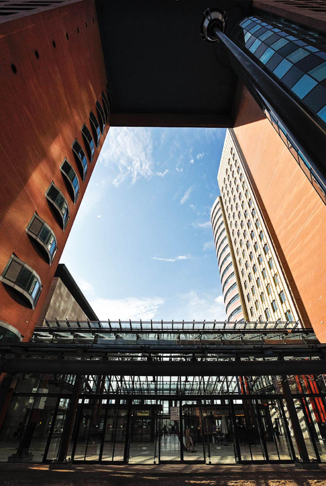 Rotterdam by CorH