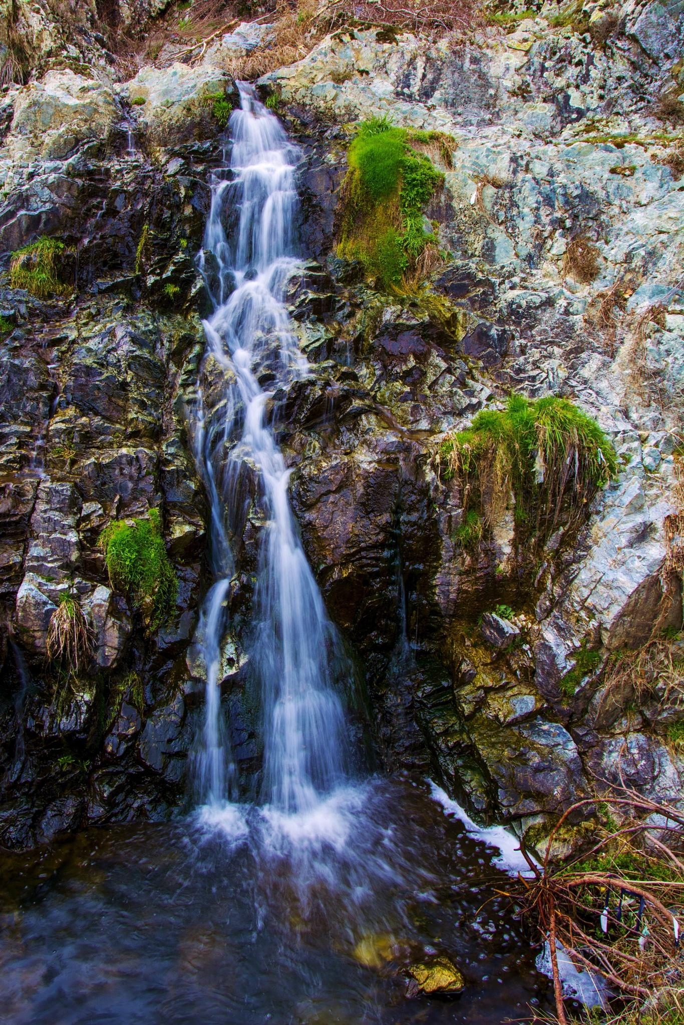 waterfall from Startcevo village (Zlatograd) by Genadiy Boyanov