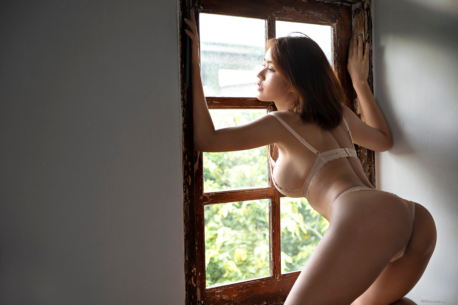 วันนี้ฝนตก ไหลลงที่หน้าต่าง เธอคิดถึงฉันบ้าง ไหมหนอเธอ by pongsak.rattana.5