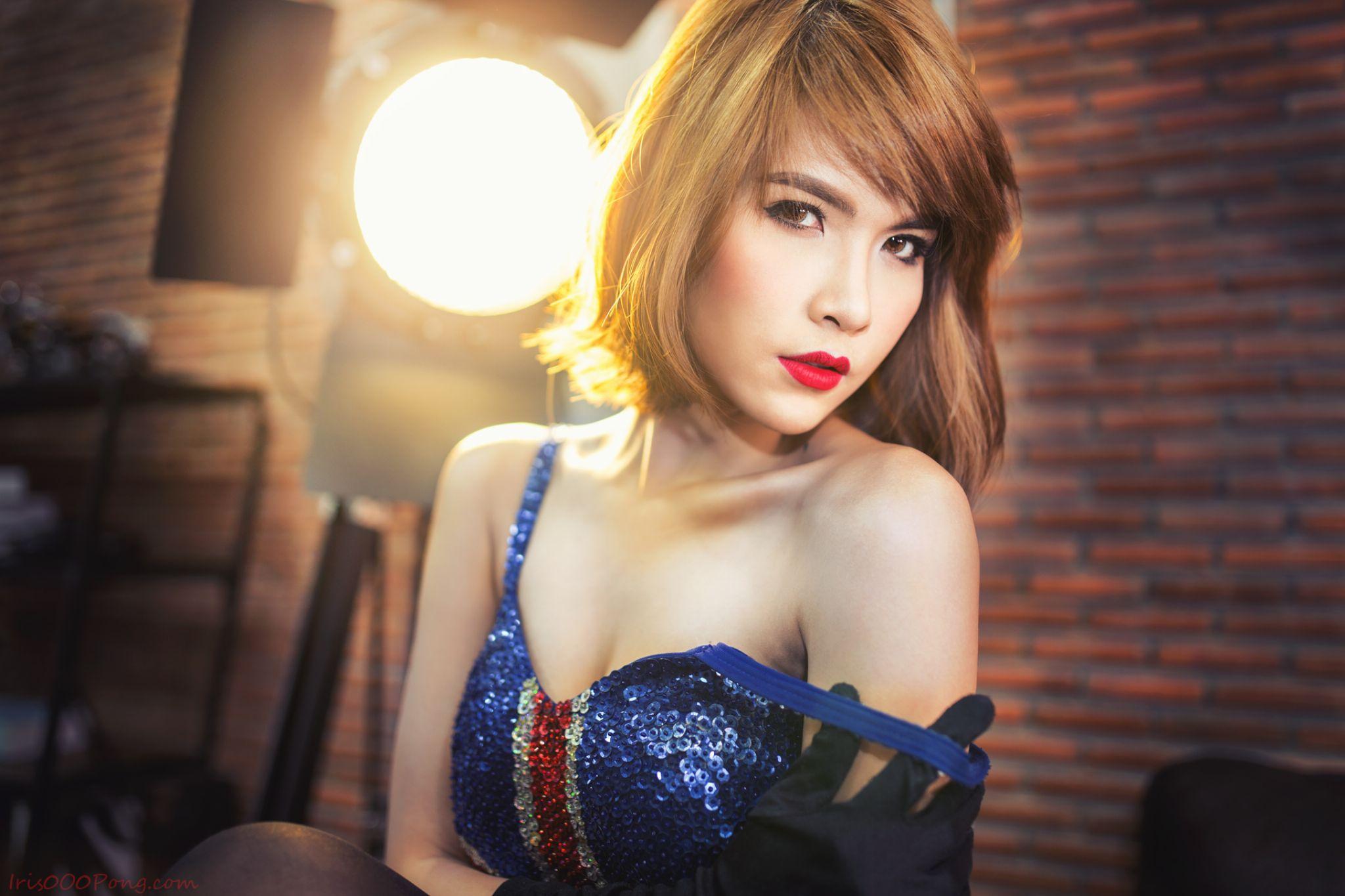 sexy by iris0o0pong