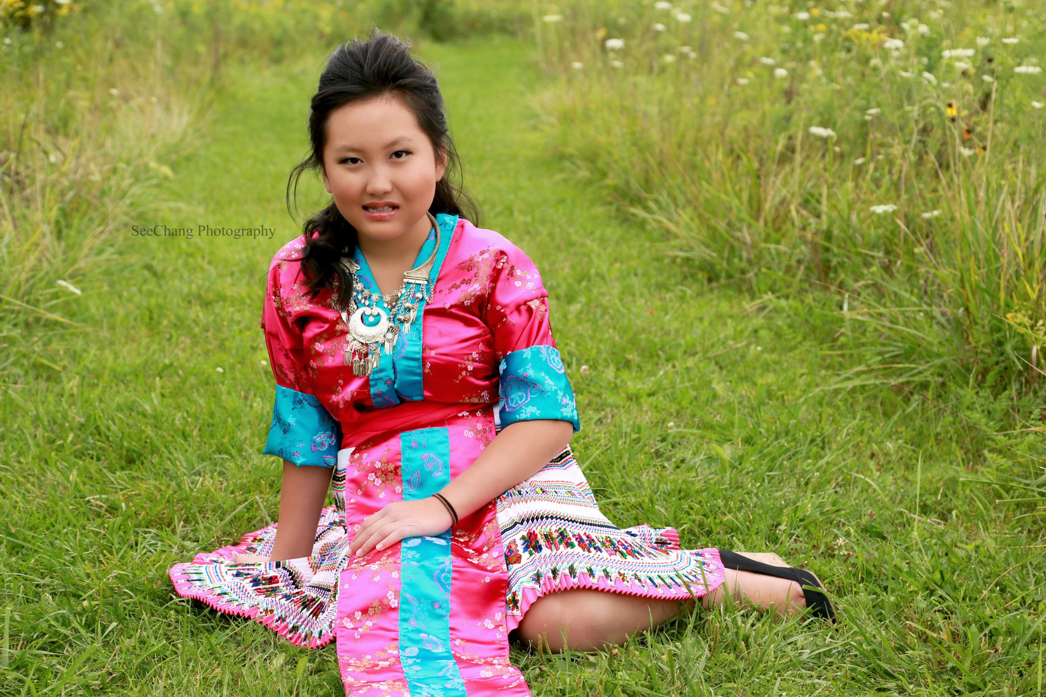 Hmong Beauty by SeeChang