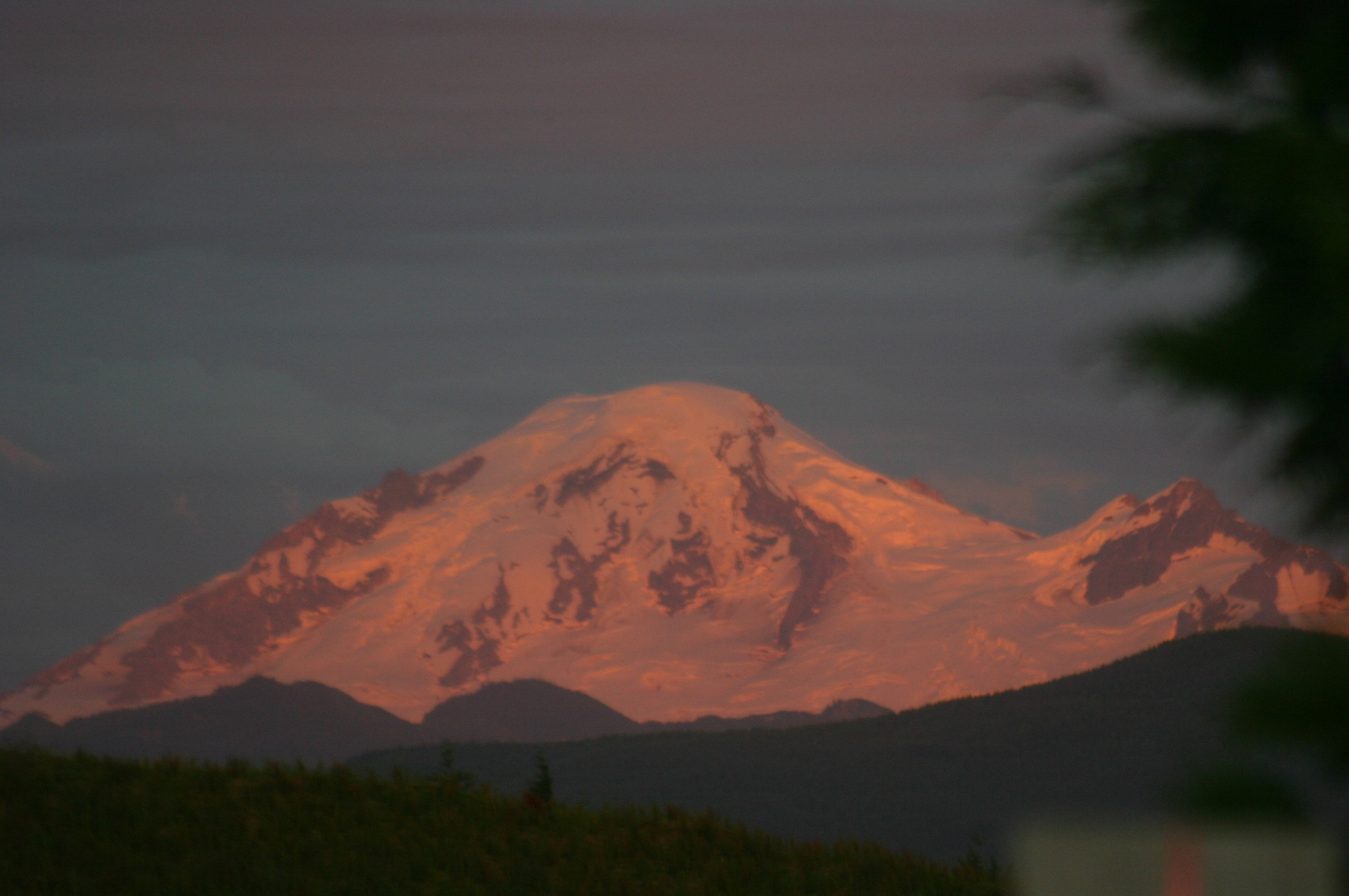 Sunset on Mt Baker. by henrywall63