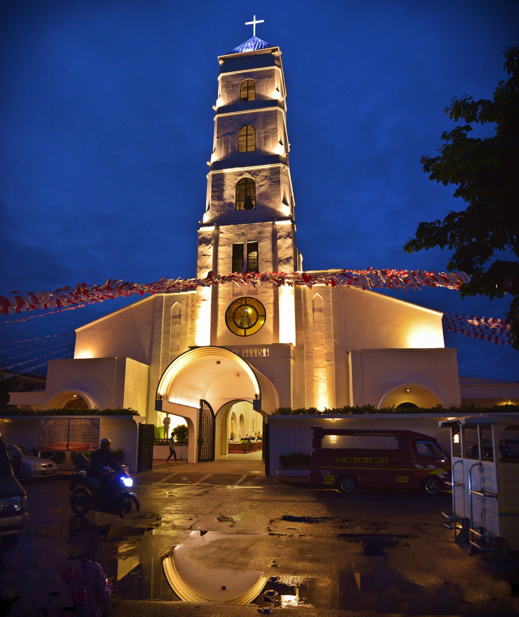 Sto. Niño Church, Tacloban City by virtel2