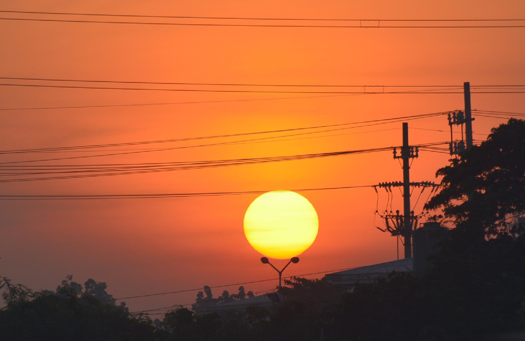 The power of the sun by virtel2
