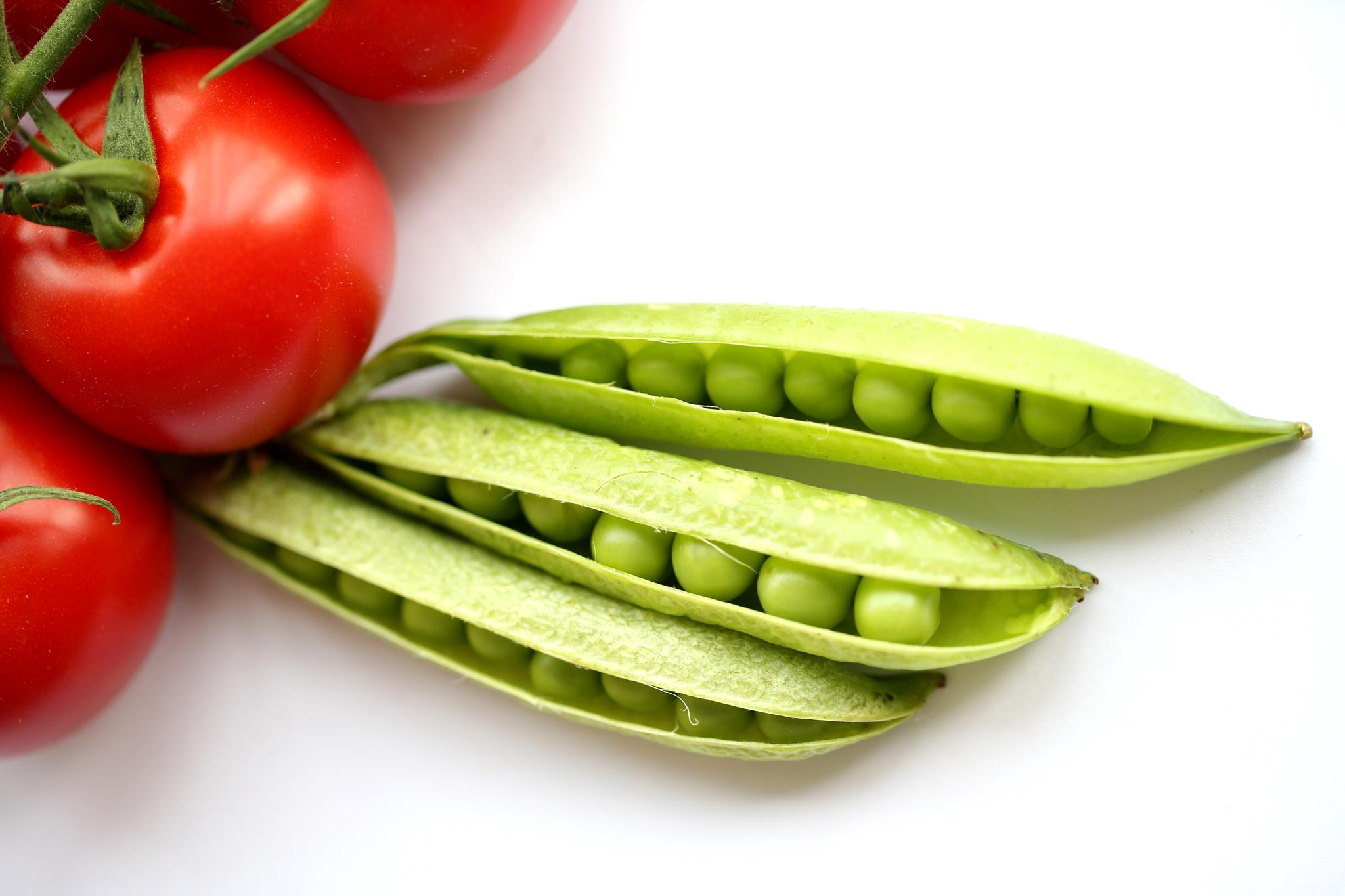 Photo in Food #red #green #pea #tomatoe #yumusakkaya