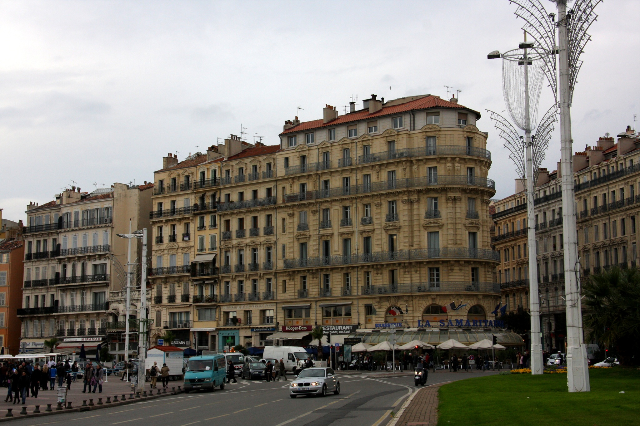 Marseille by Atila_Yumusakkaya