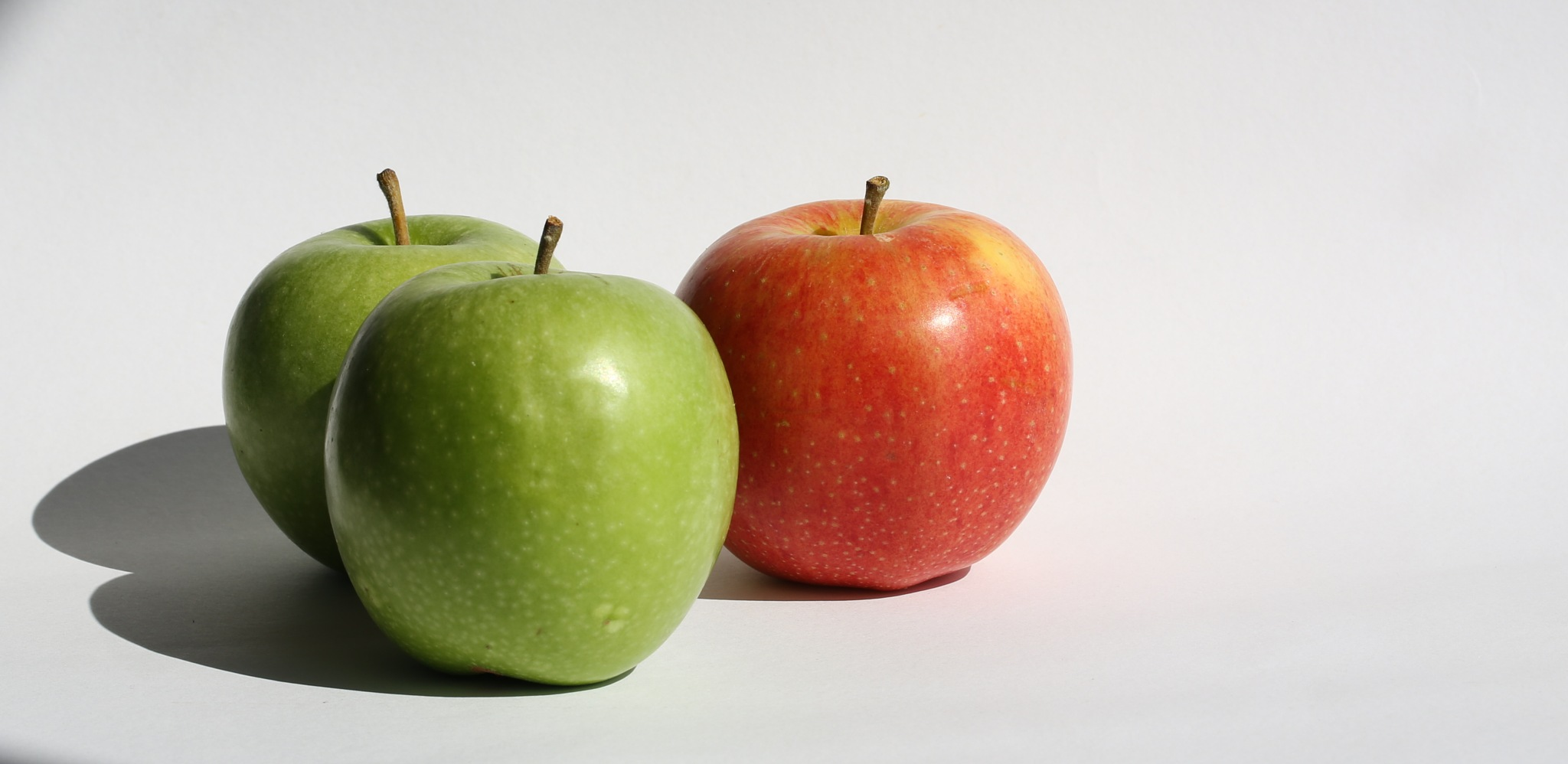 Apples by Atila_Yumusakkaya