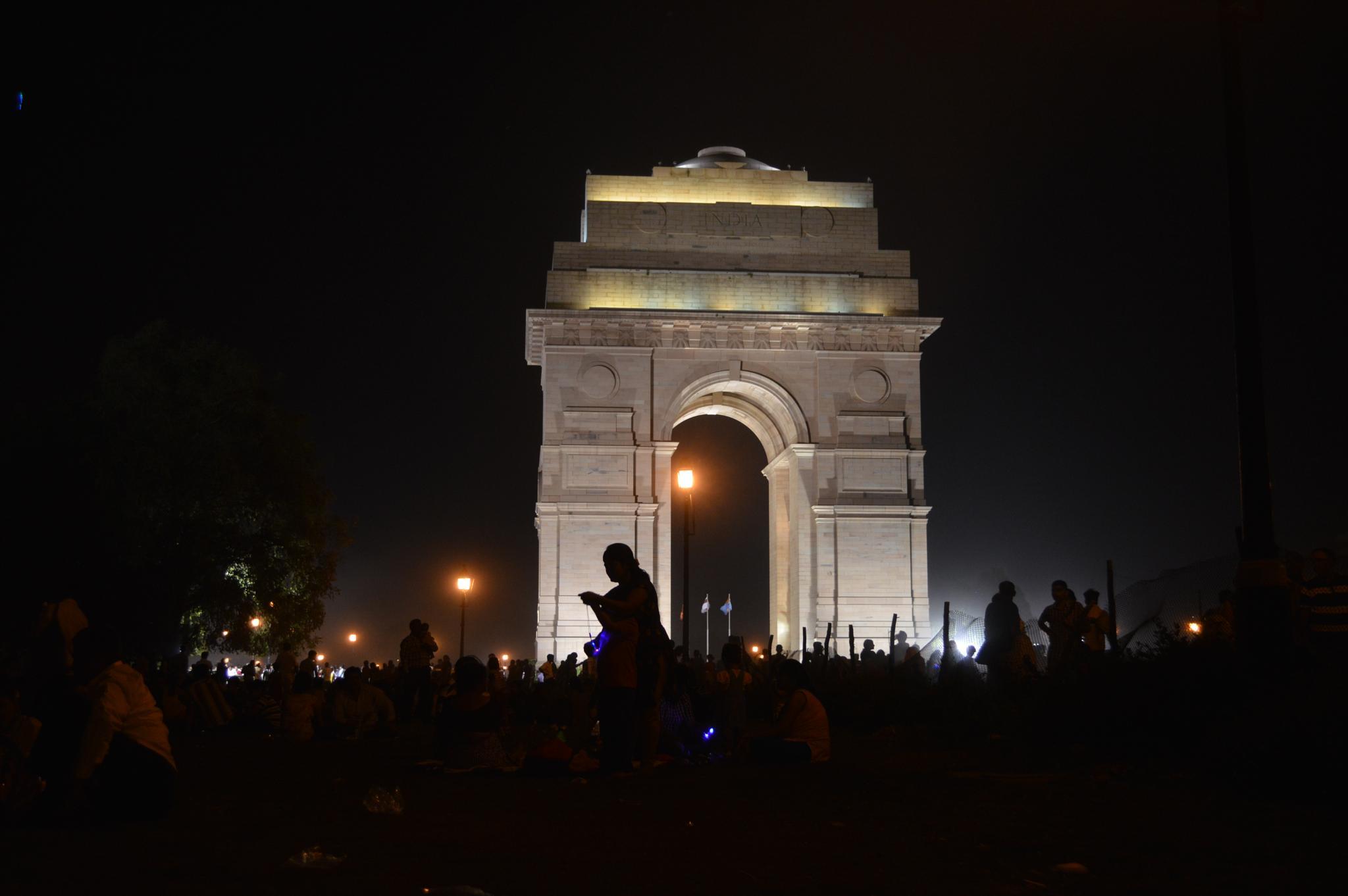 India Gate by saurabh