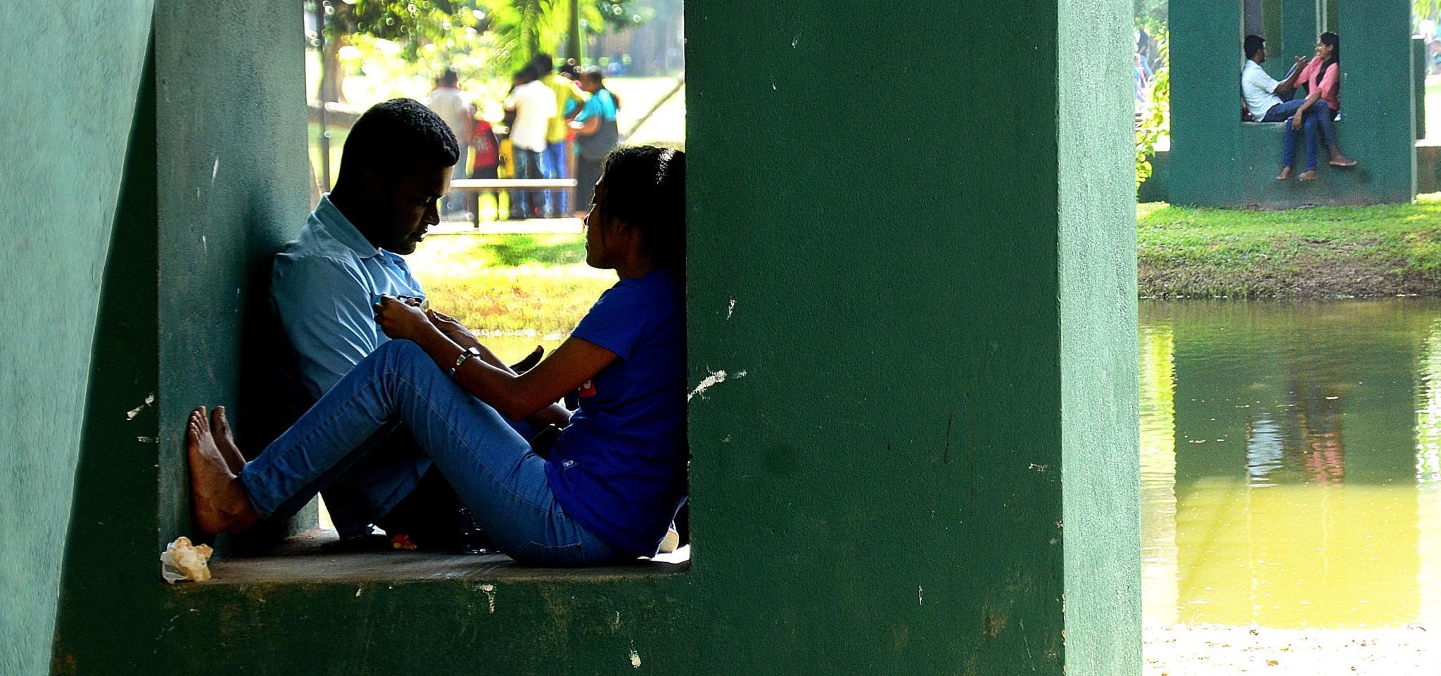 lovers...... by dhanushanka.senanayaka
