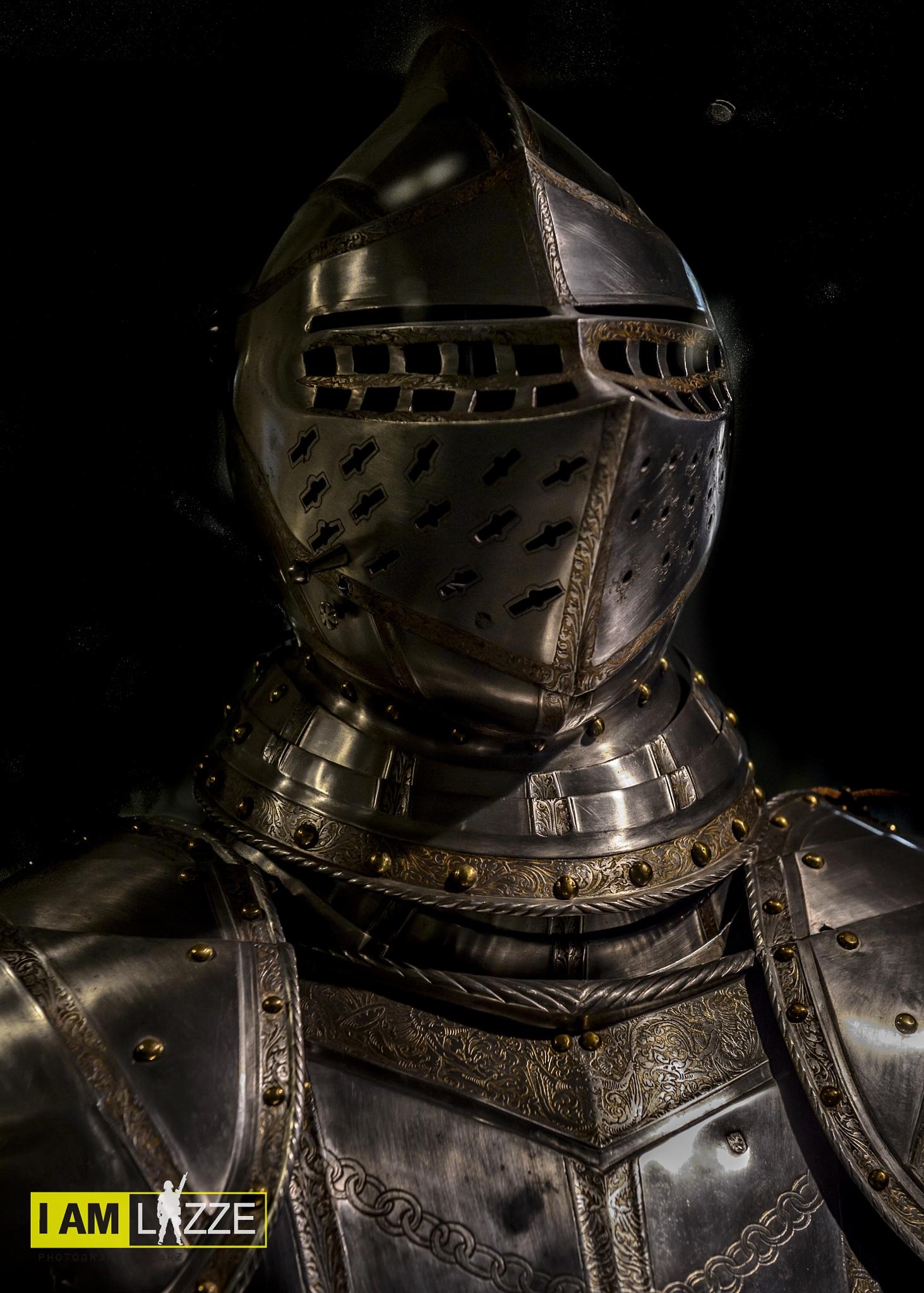 Knight by IAMLAZZE