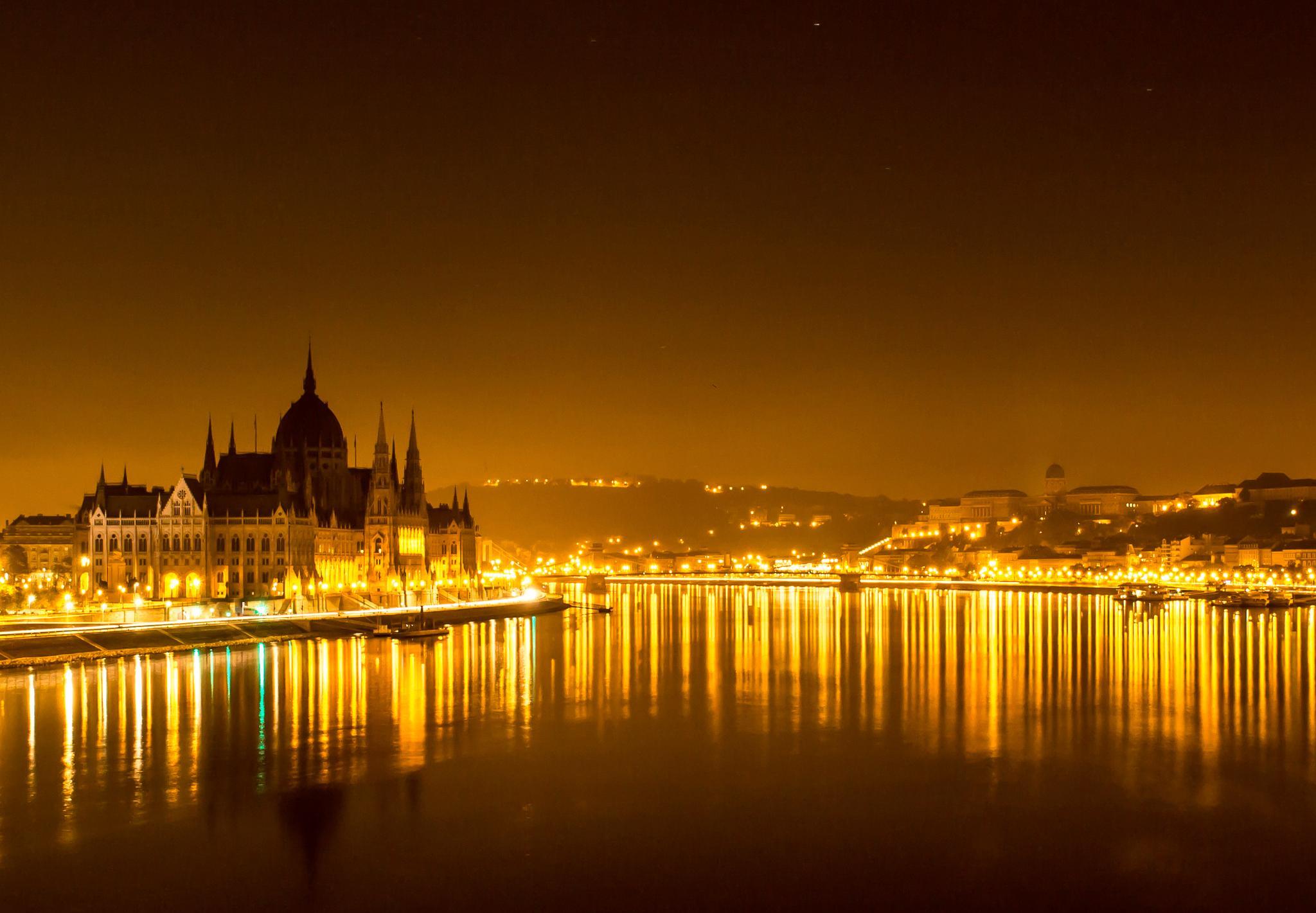 Golden moments... by Laszlo J.Kremmer