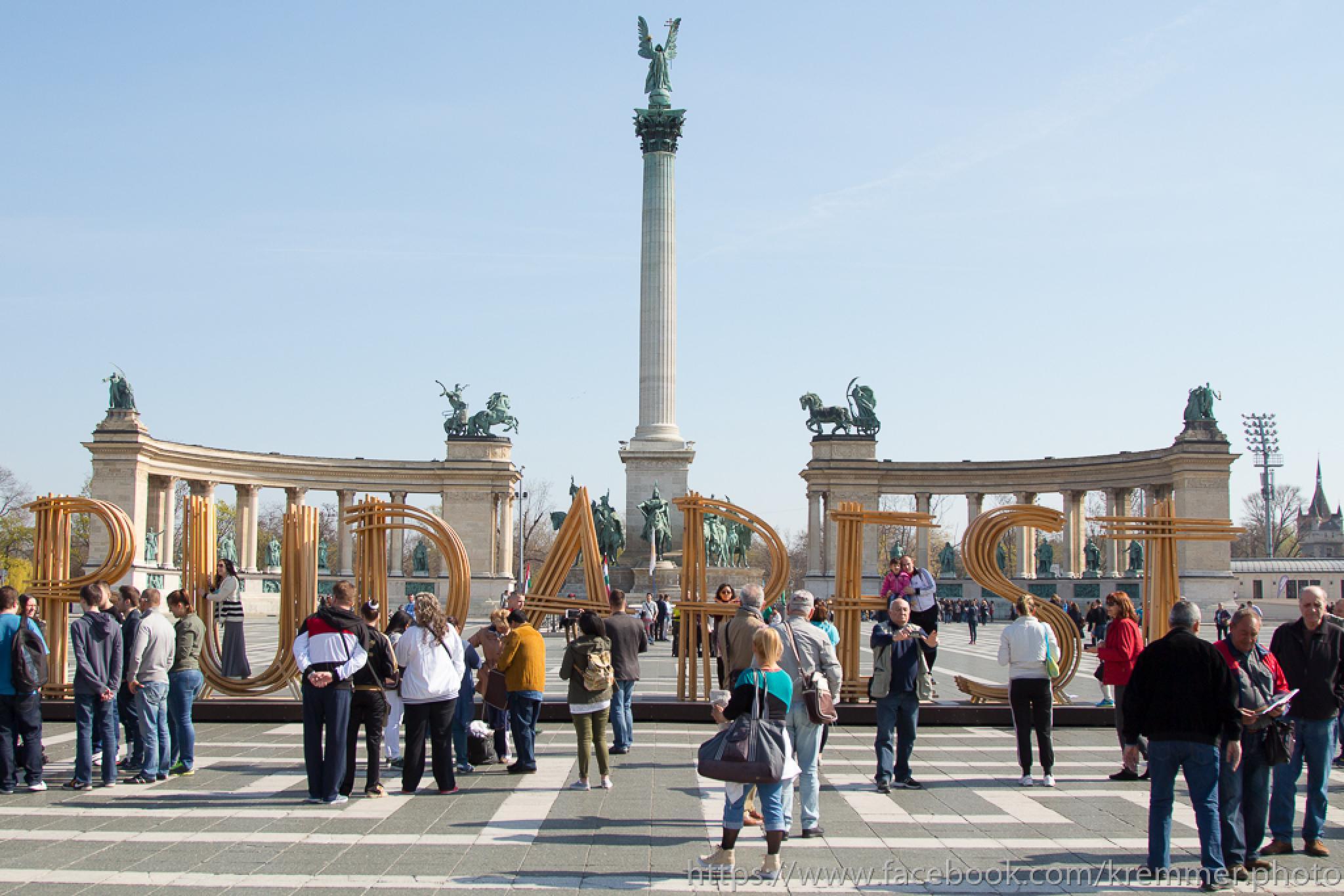 The Heroes' Square by Laszlo J.Kremmer