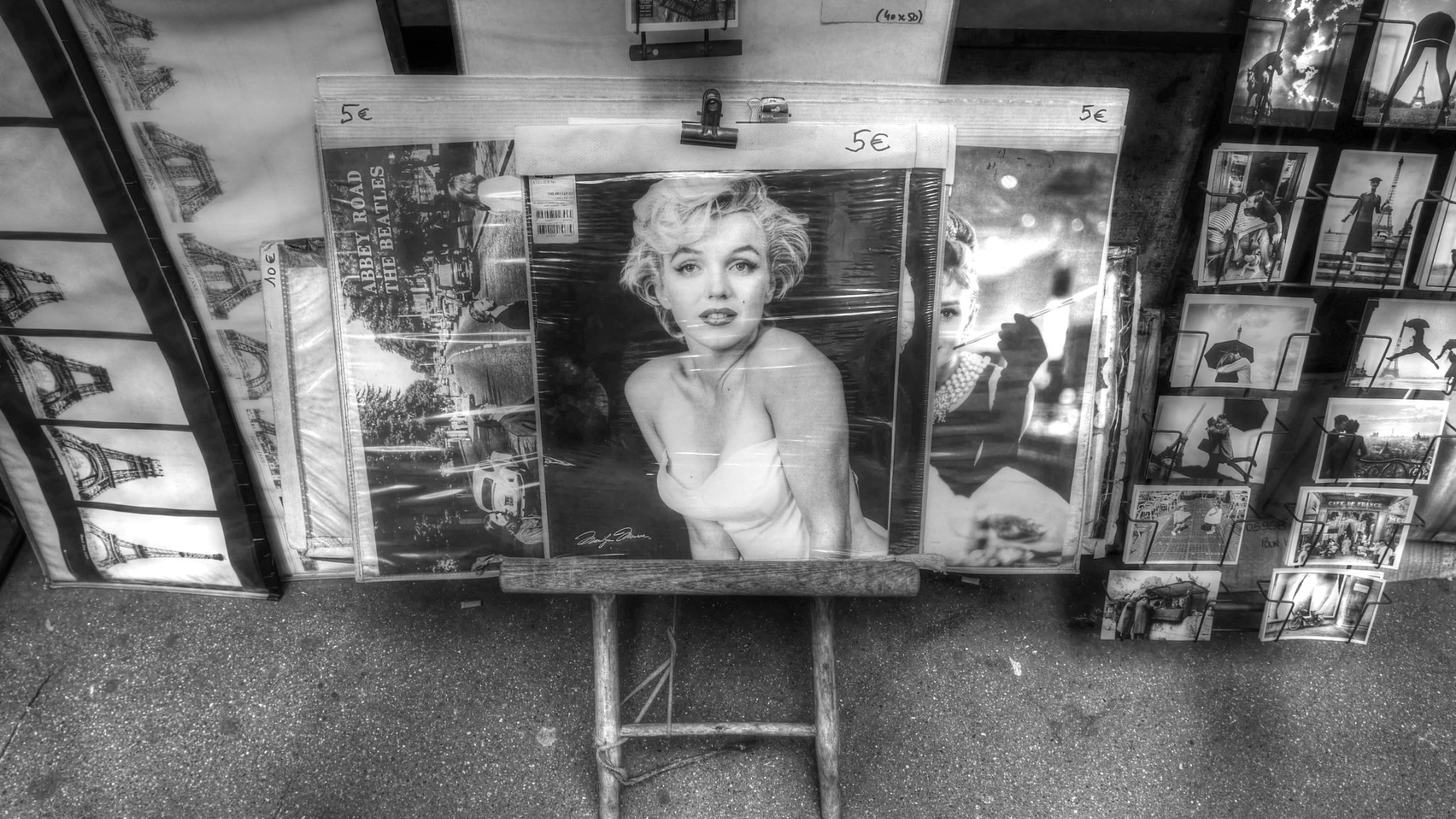 Marilyn in Paris by Jean No