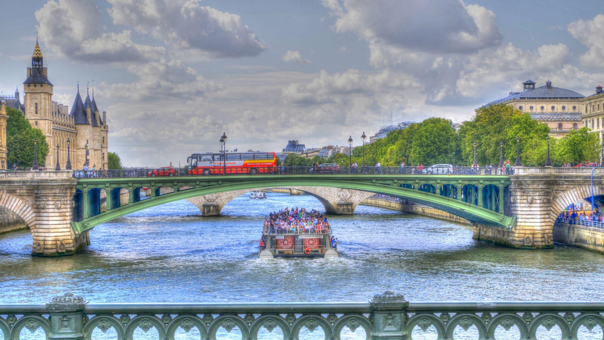 Bords de Seine by Jean No