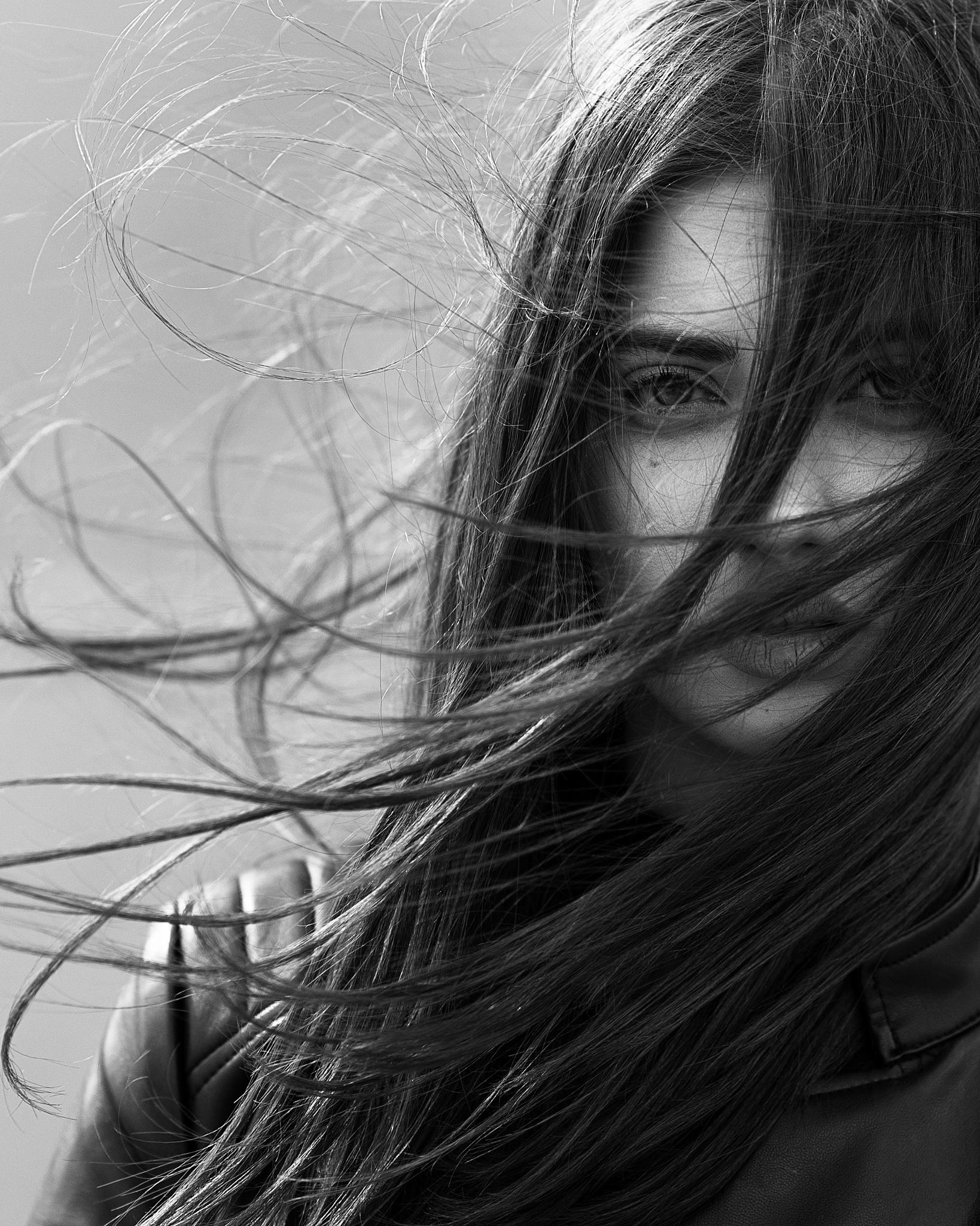 Photo in Portrait #portrait #model #girl #natural #light #art #fine art #black and white #face #hair #wind #outdoor