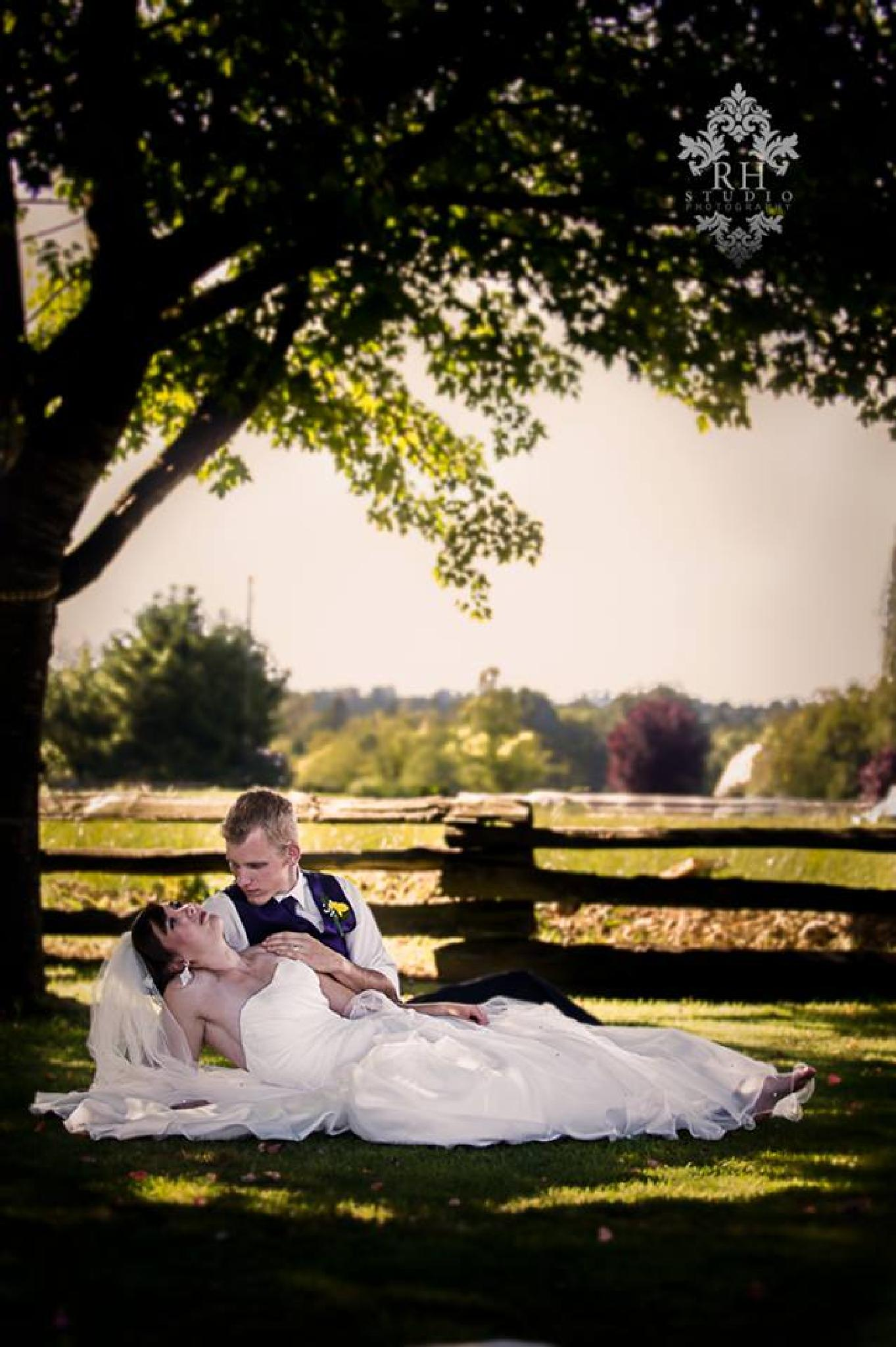 Wedding day along farm road by RH STudio Photography