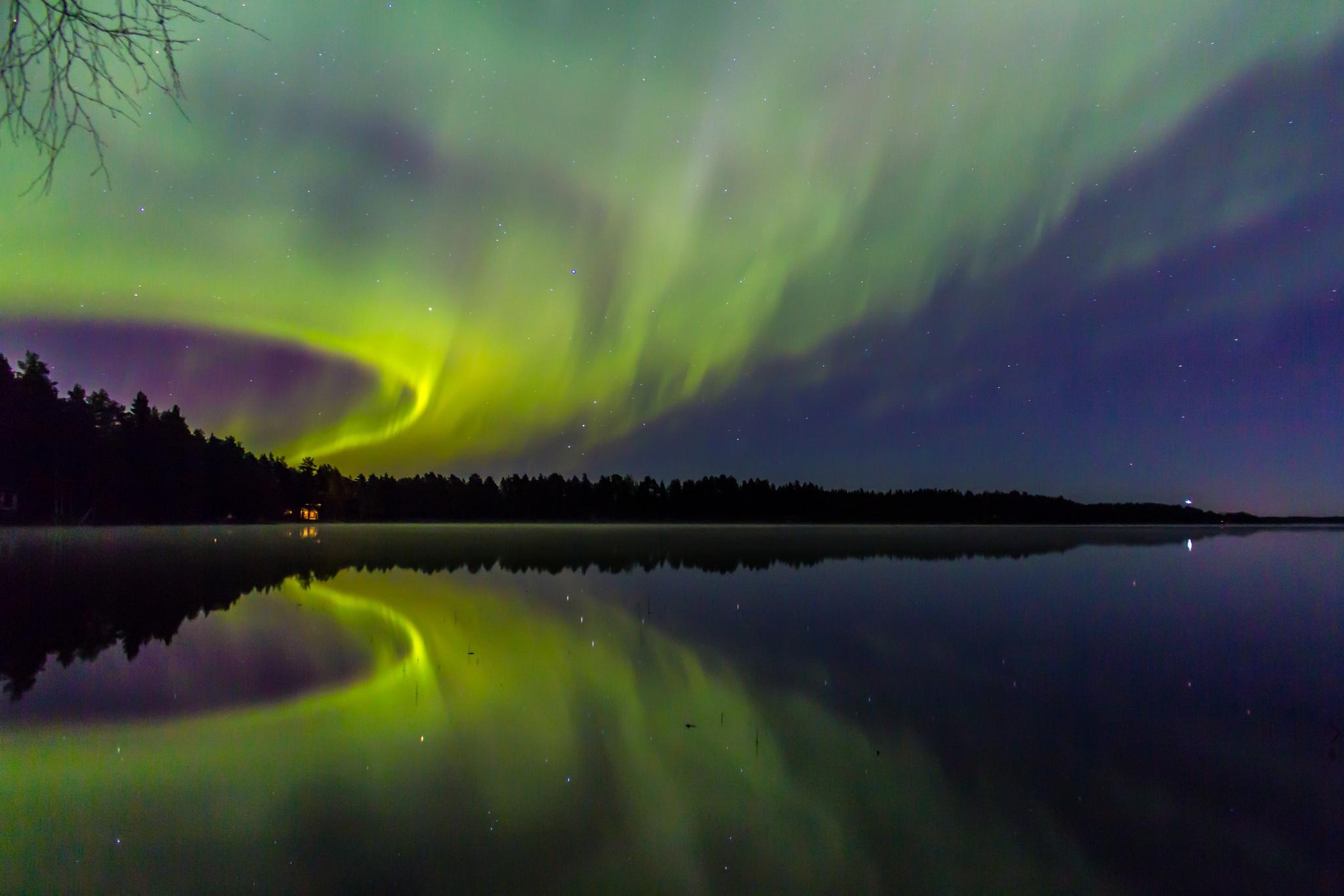 Auroras by Sami Tiainen