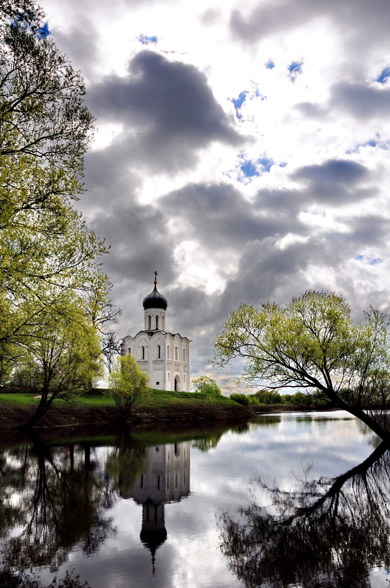 Church of the Protection on the Nerl by vadsever58