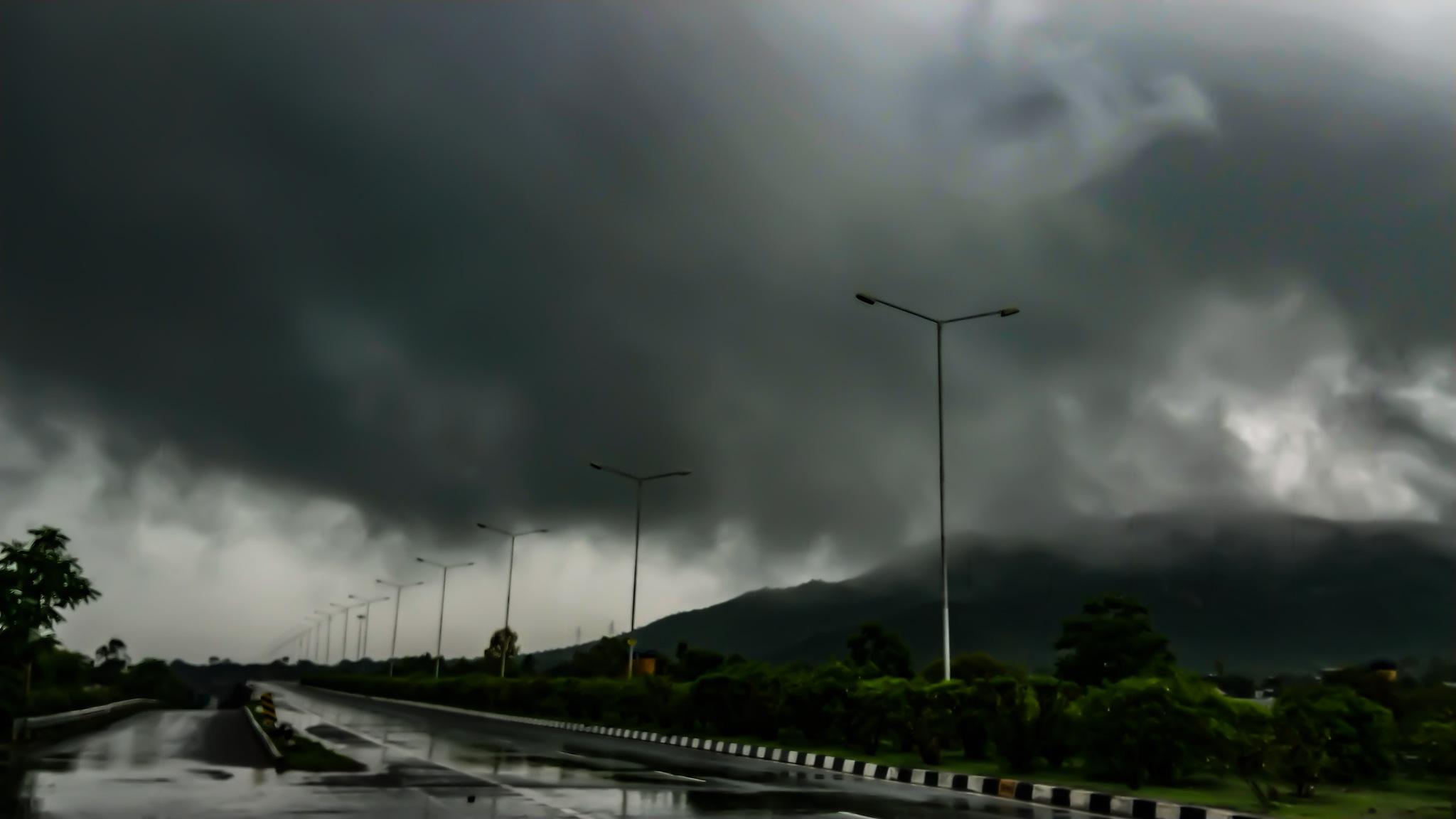 Rainy Click by Official Gaurav Mohnot