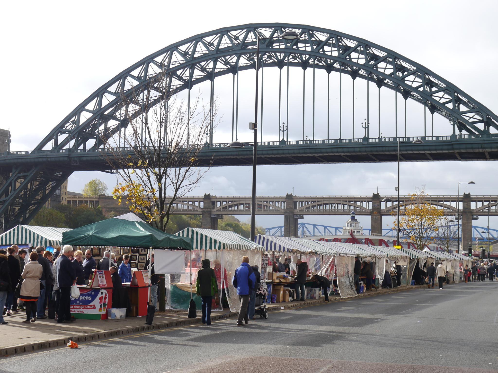 Newcastle Quayside Sunday Market.............. by daza38