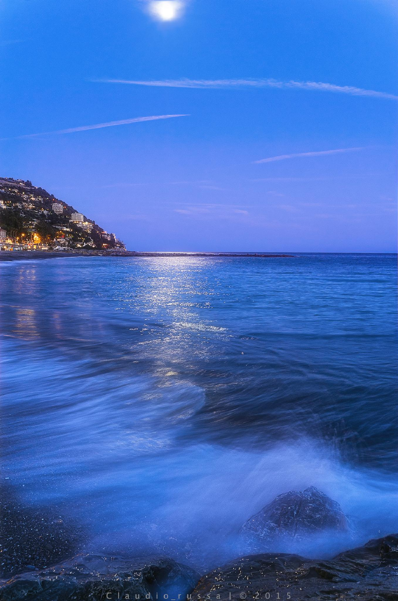 Blue hour Ospedaletti by Claudio Russa Photography