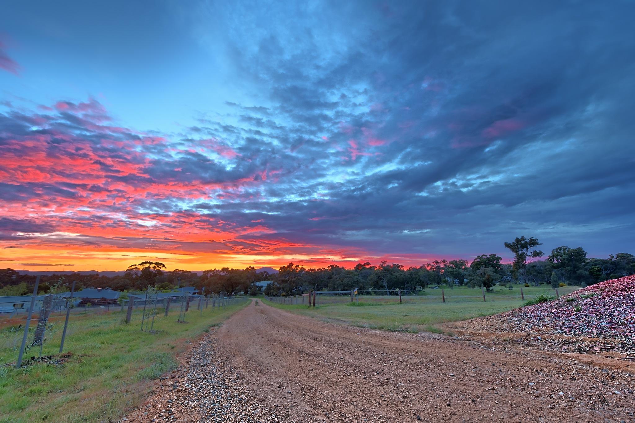 Fluffy Sunrise by Pieter Pretorius