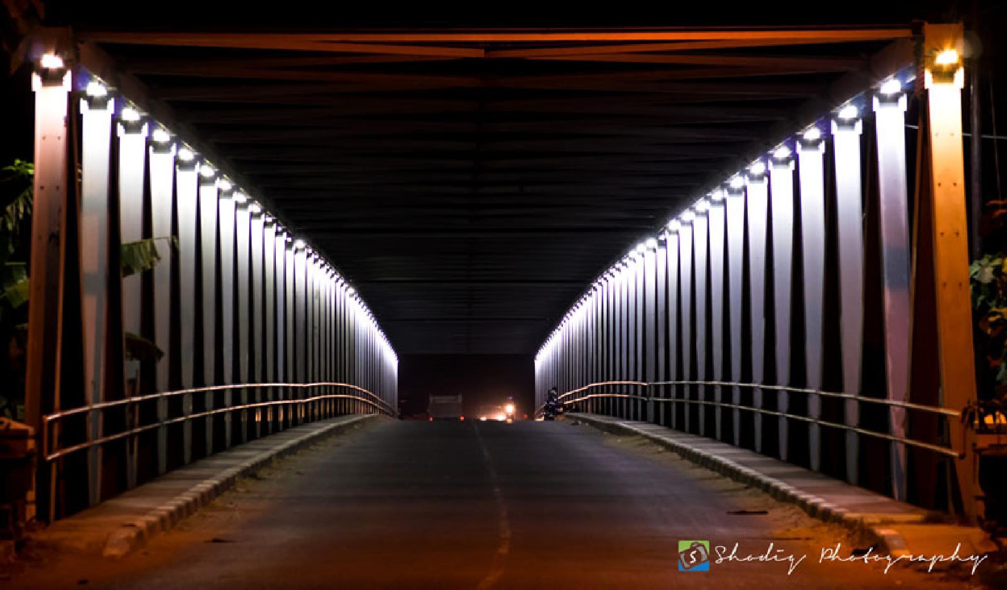 a night bridge by shodiq