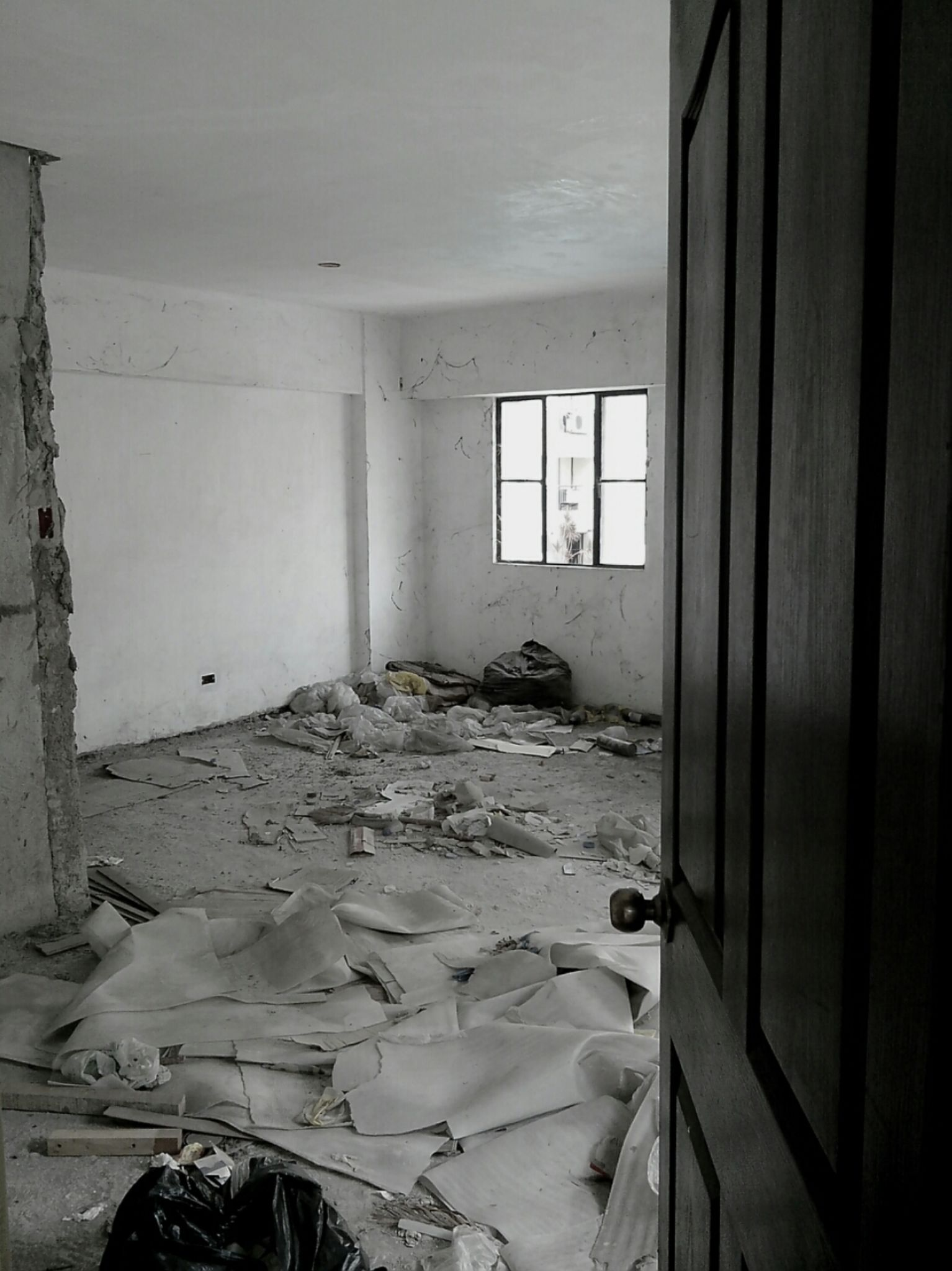 Abandoned Room by jssacaben