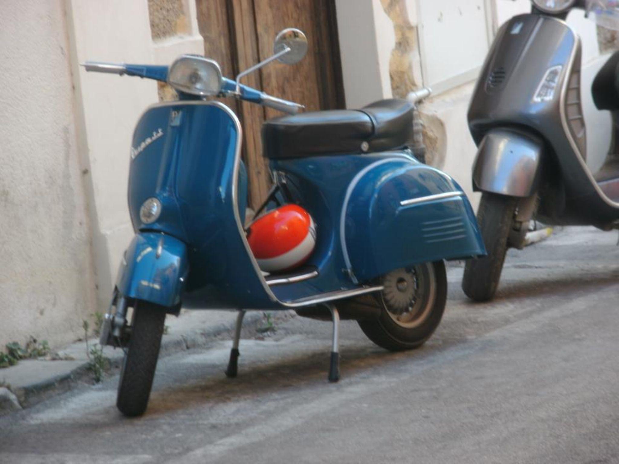 Via Pietro Geraldi. by Giuseppe Abruzzo
