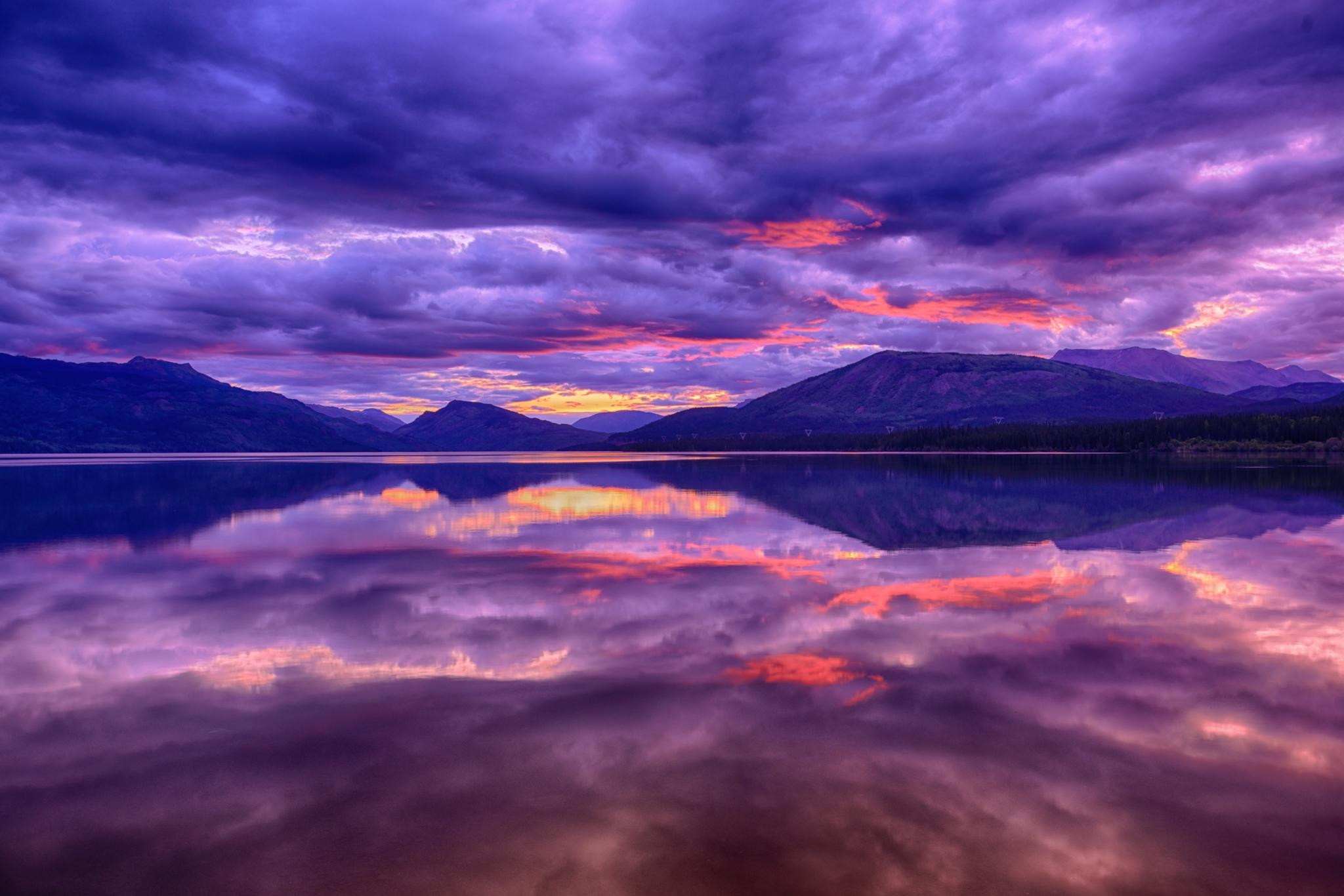 Early Morning Alaskin Lake by Rob Richardson