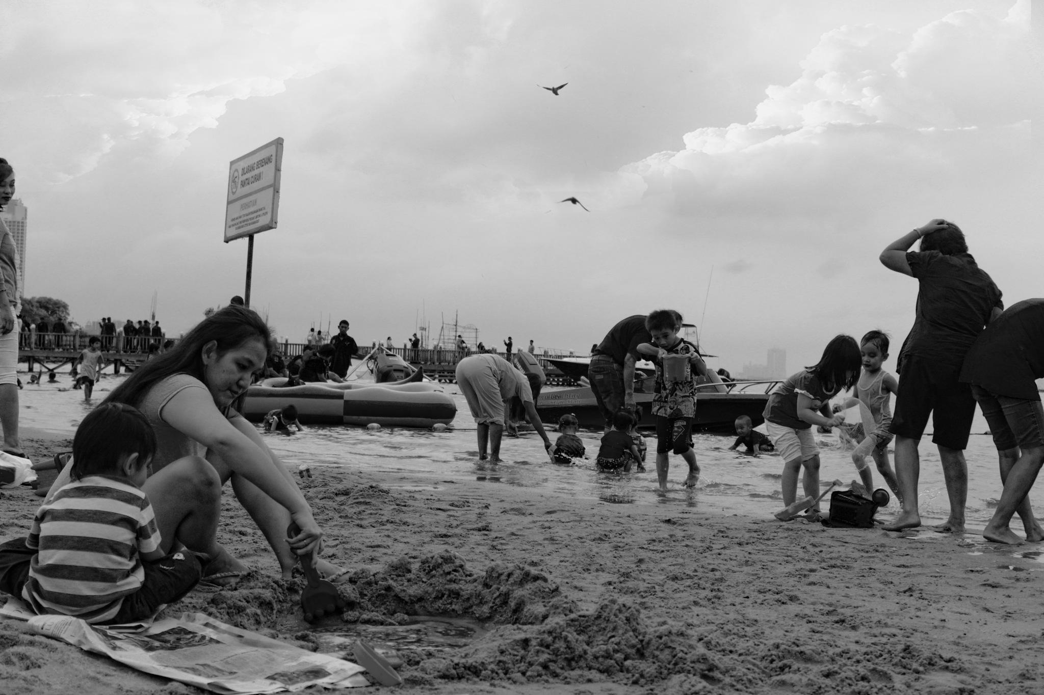 Beach City Jakarta  by agusdimyati1