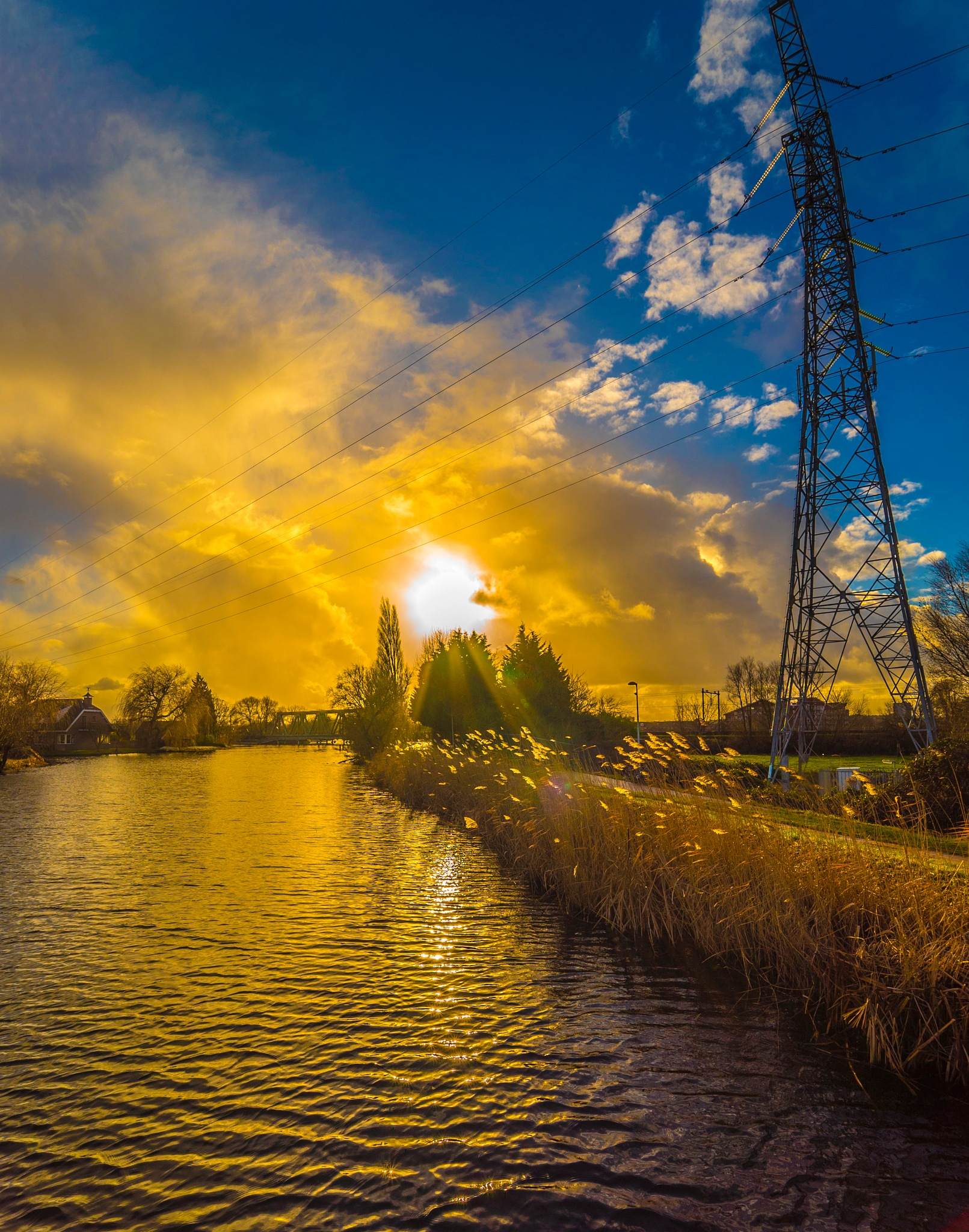 Burning yellow clouds by fred.leeflang.7