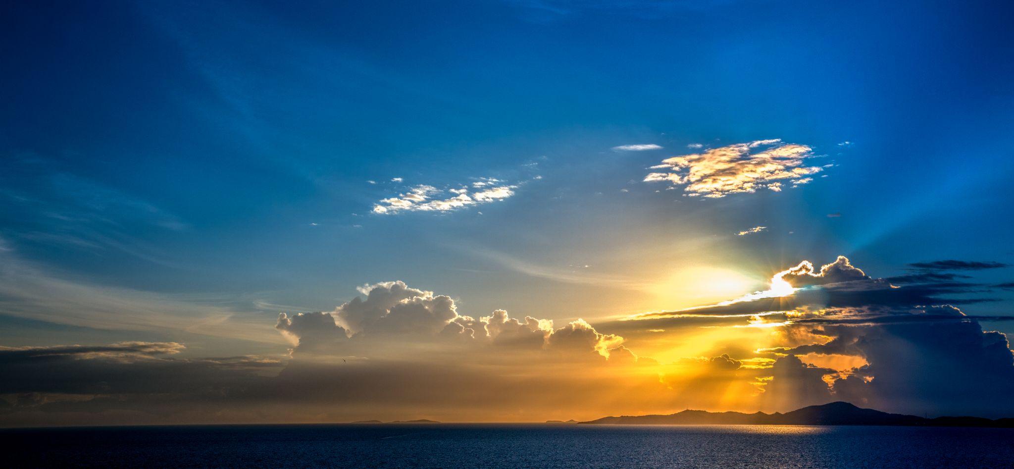 Koh Larn Island  by scott.innes1