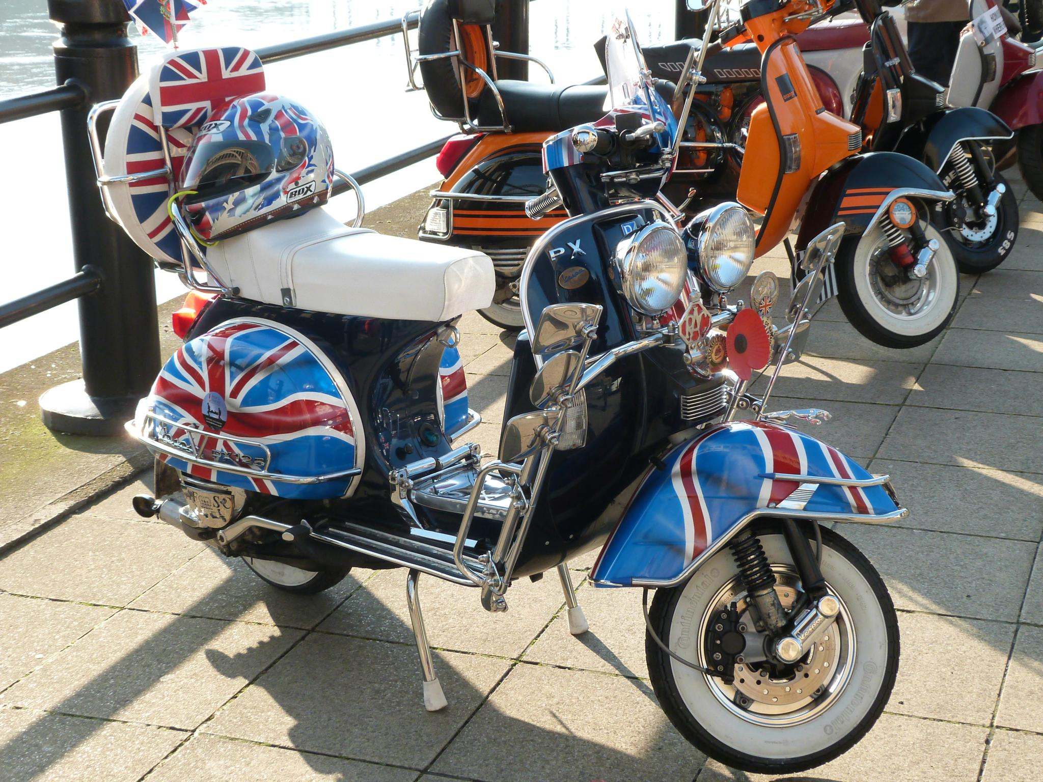 Union Jack Scooter Newcastle Quayside by Darren Turner