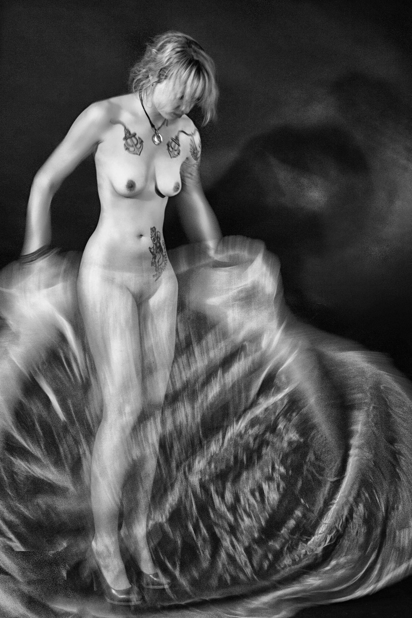 White Satin by ulrich.grolla