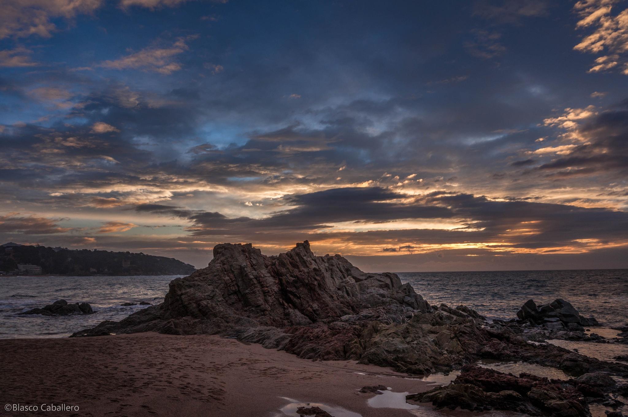 Sea & Rocks of Lloret by Blasco Caballero