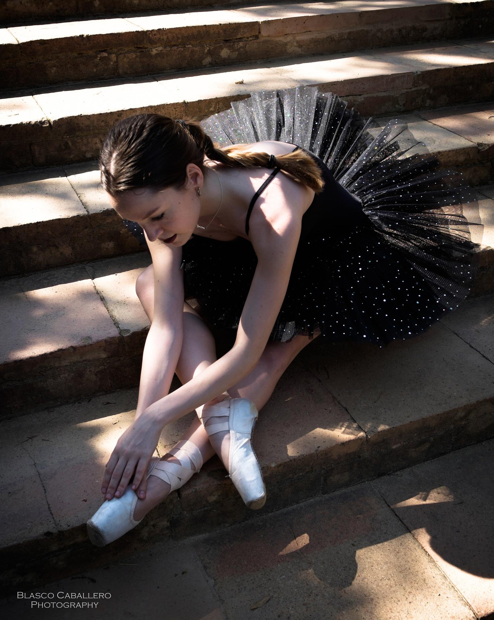 Ballet dancer by Blasco Caballero