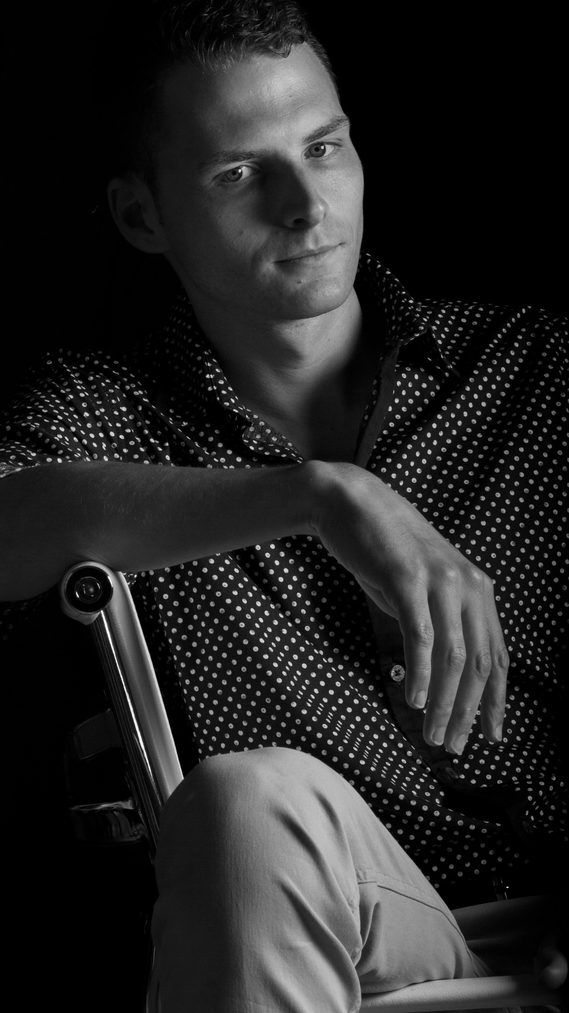 Man on a chair by roy.vanpeufflik