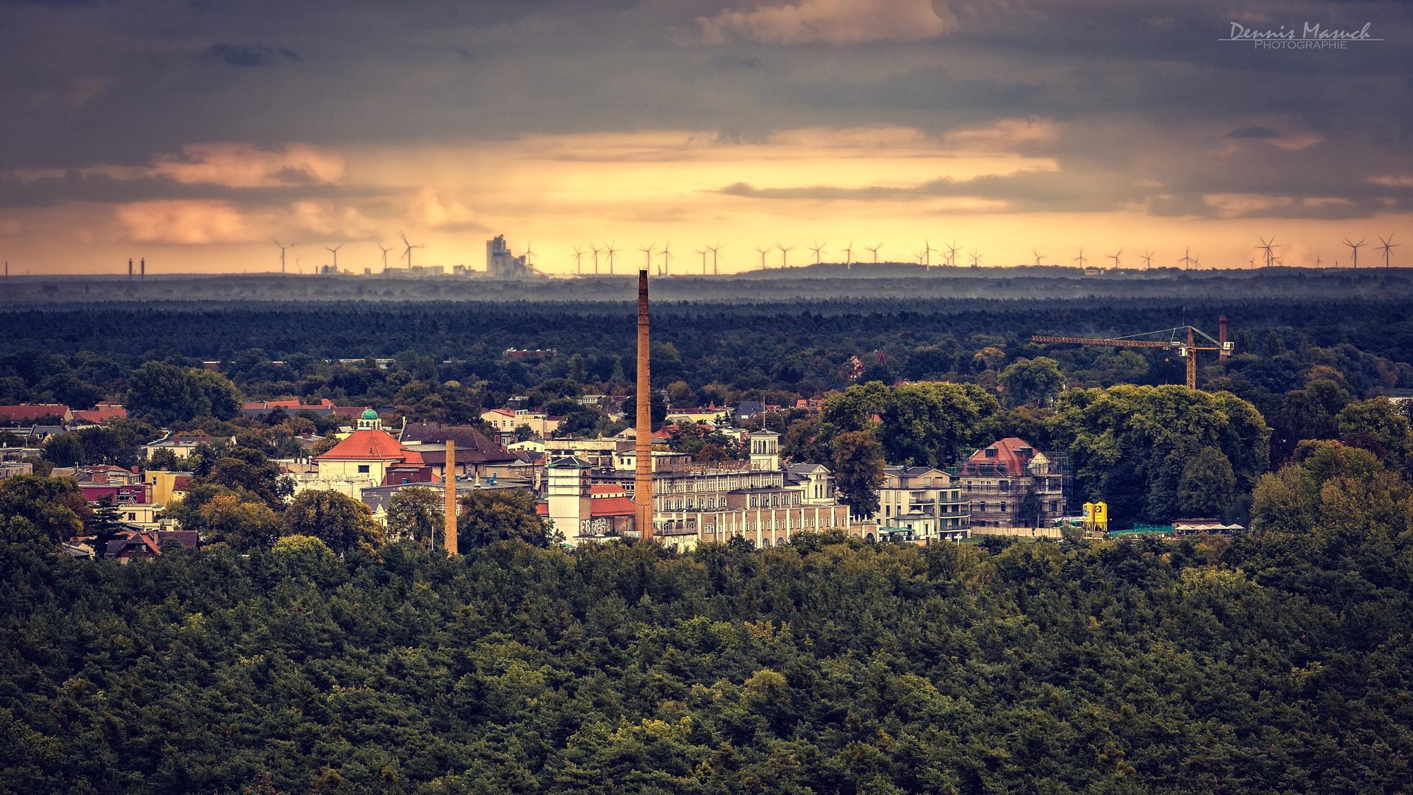 Windräder am Horizont von Friedrichshagen by Dennis Masuch