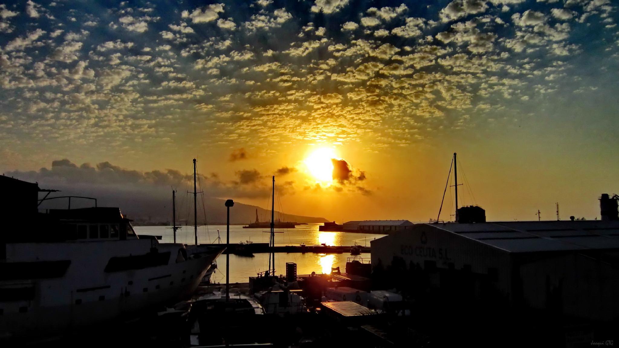 Como un cielo de verano sobre el mar by Joaqui GT