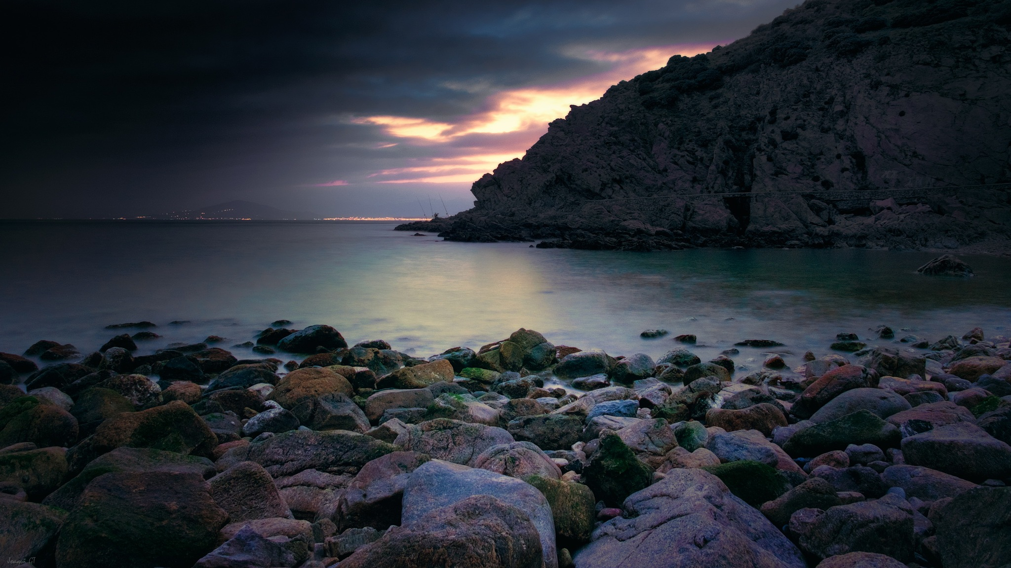 Black Sand by Joaqui GT
