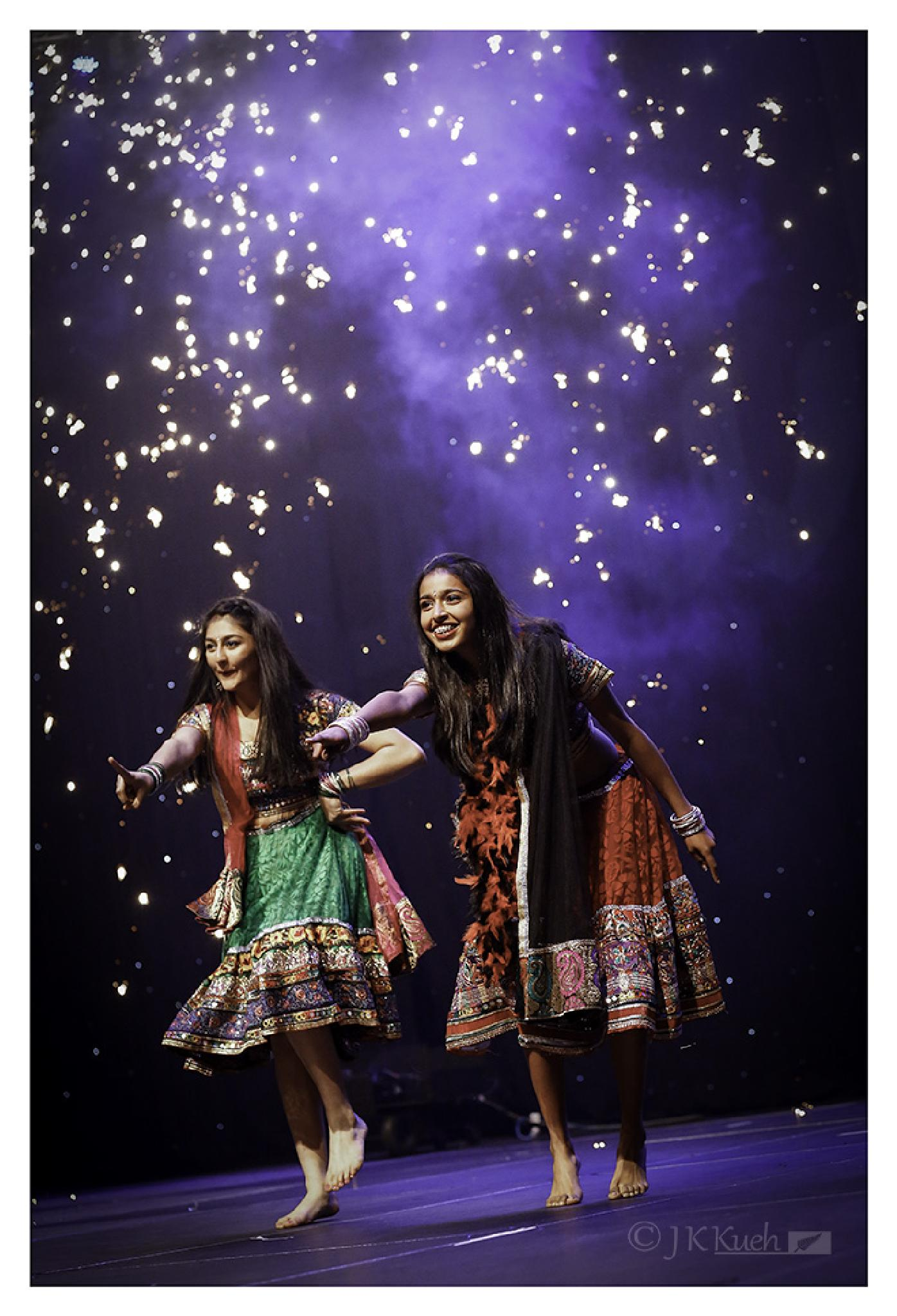 Dancing Divas of Bollywood by jk.kueh